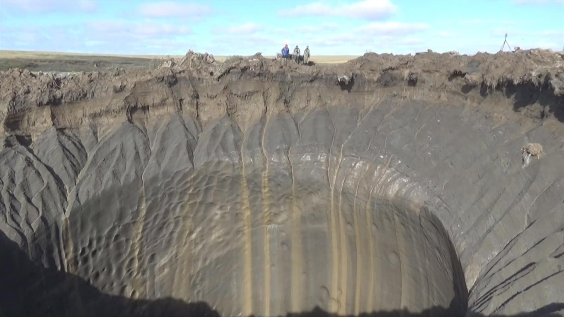 Siberian Sinkholes: Scientists Probing Mystery Run Low on Cash