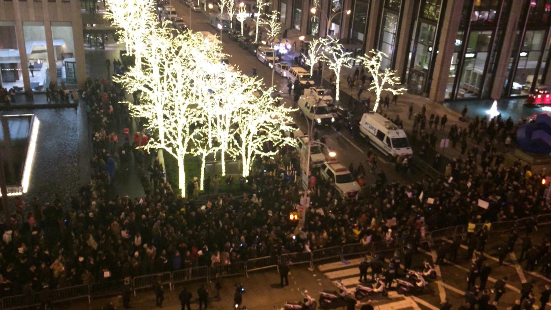 Eric Garner protests outside 30 Rock
