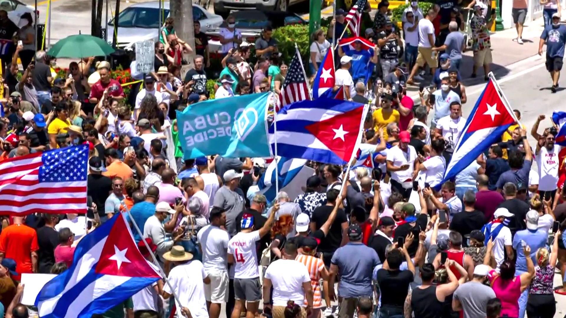L.A. demonstrators show support of Cuba protests