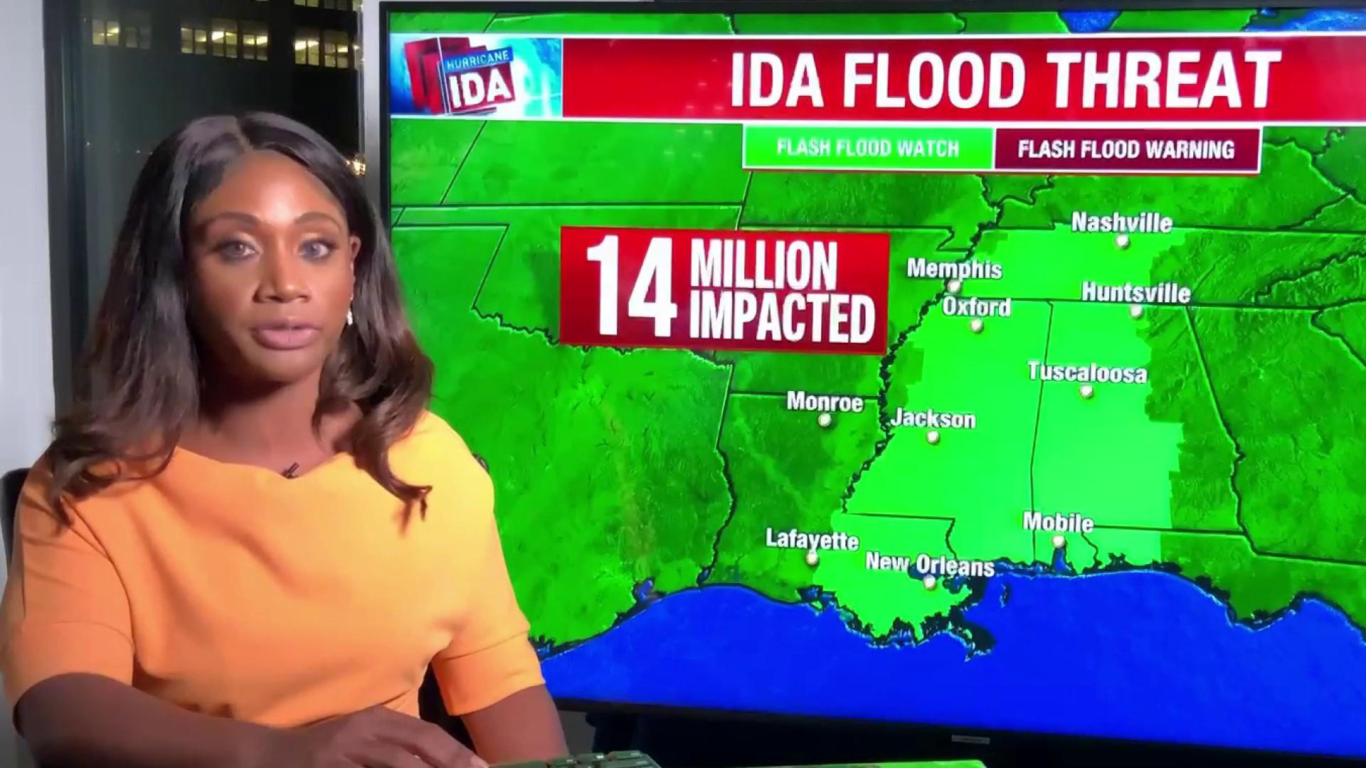 Flash flood threatens hundreds as levee fails in Louisiana