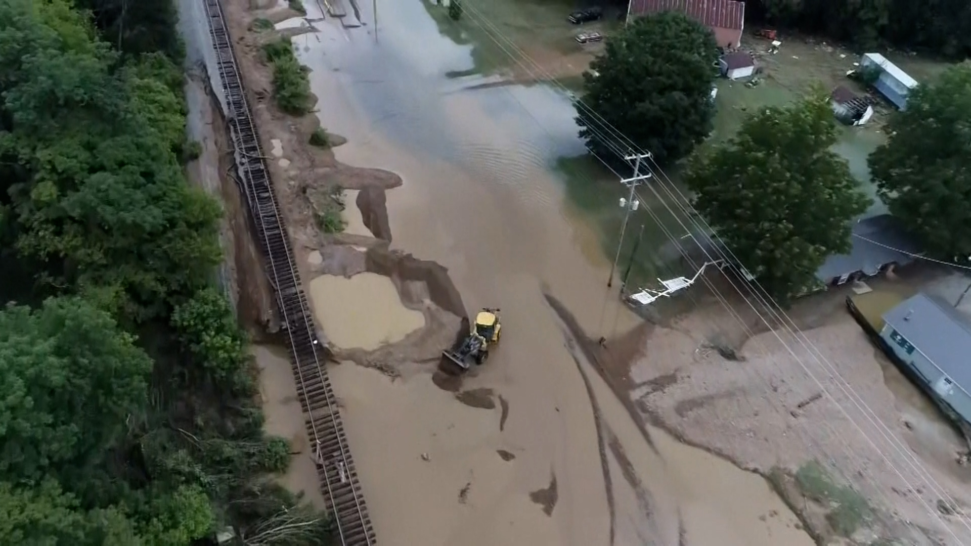 16 dead, dozens missing in Tennessee flooding