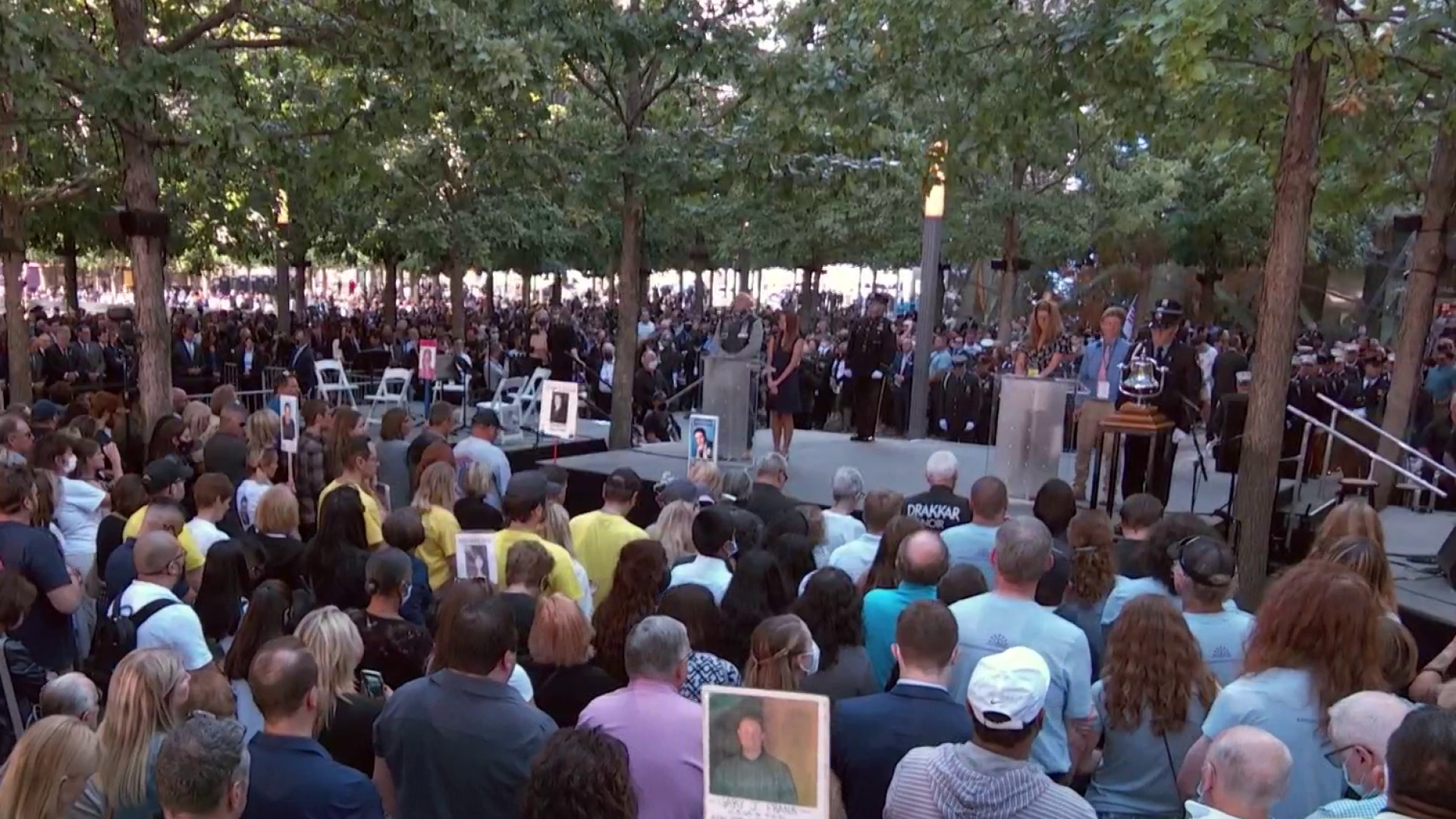 Moment of silence marking when United Flight 175 struck south tower