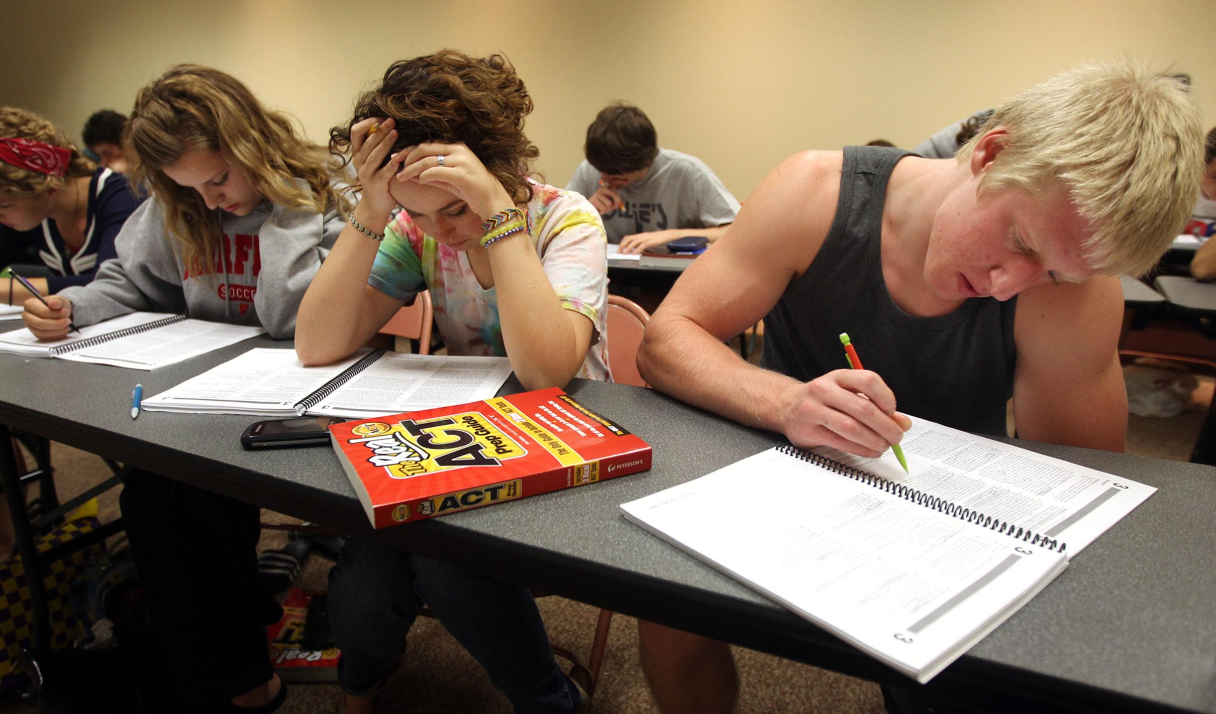 high school student stress essay Name course name instructor date causes and effects of stress on high school and college students stress is an inevitable human phenomenon.