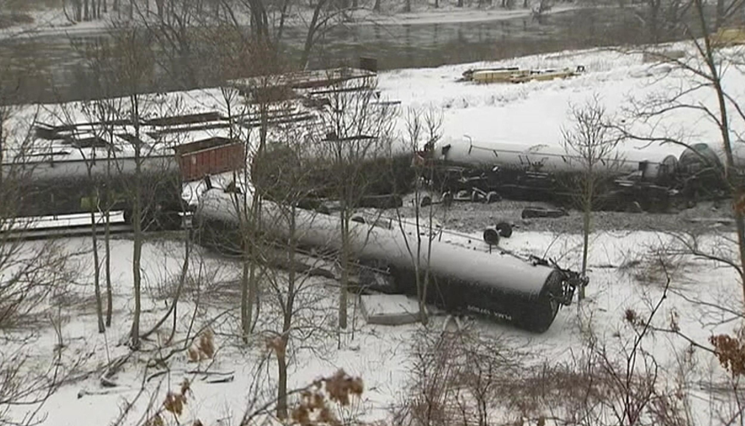 Image: train derail