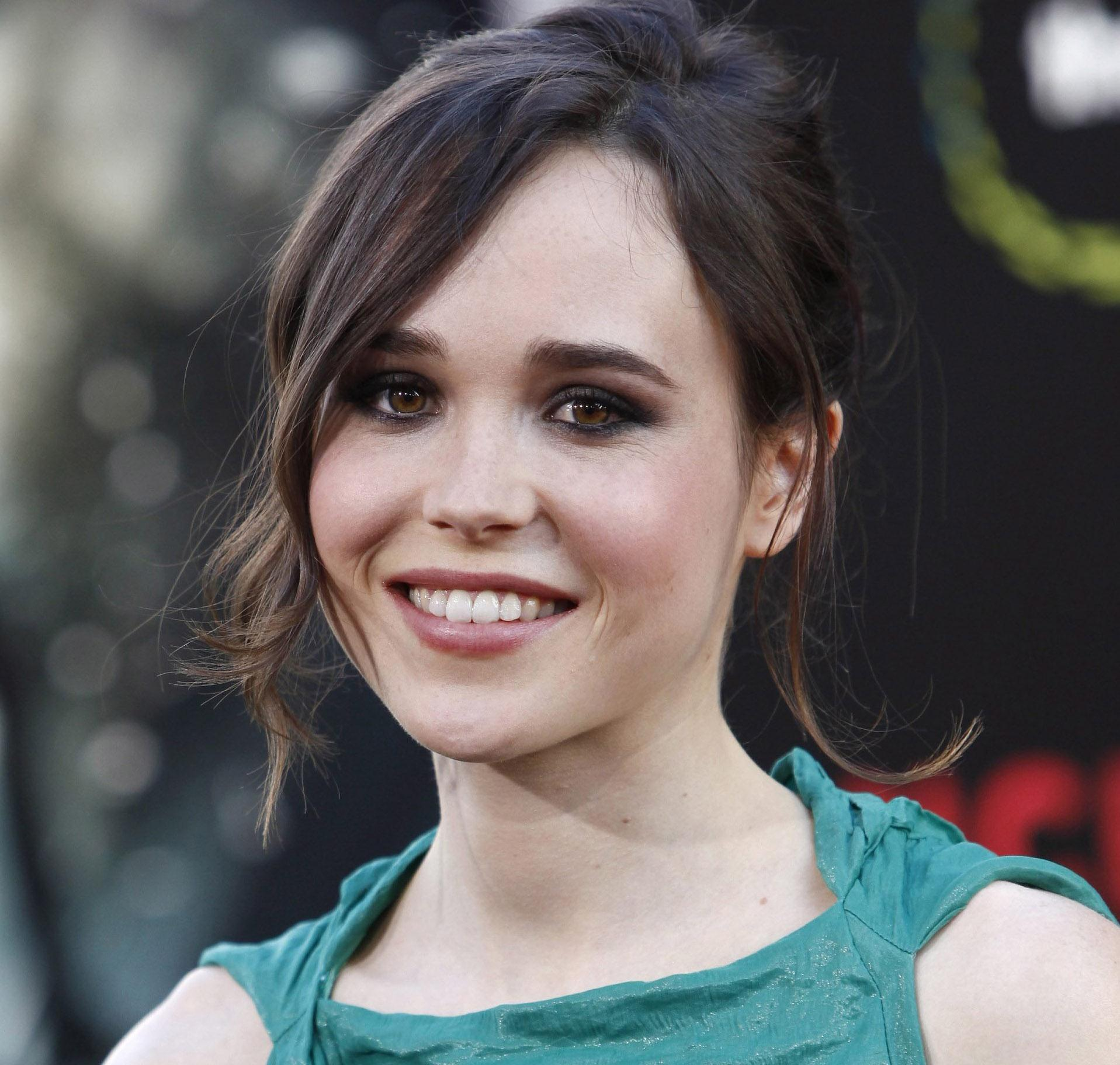 u0026 39 juno u0026 39  star ellen page reveals she is a lesbian