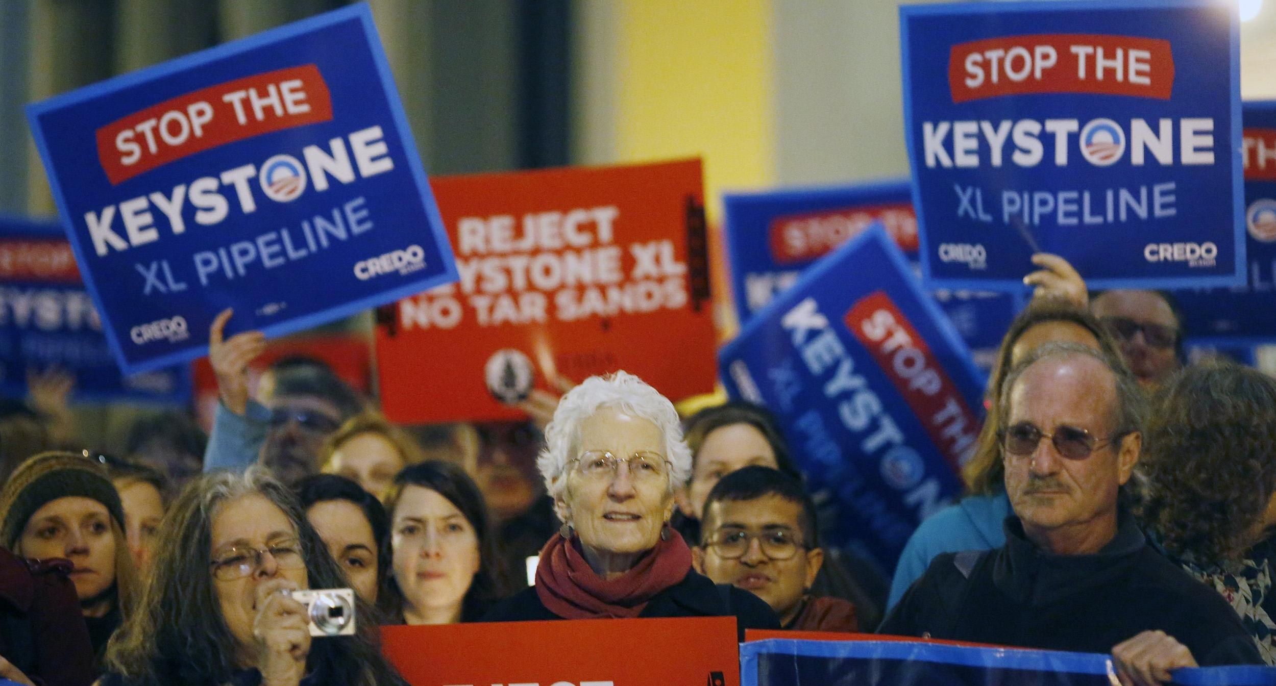 Image: Demonstrators protest against Keystone XL oil pipeline in San Francisco