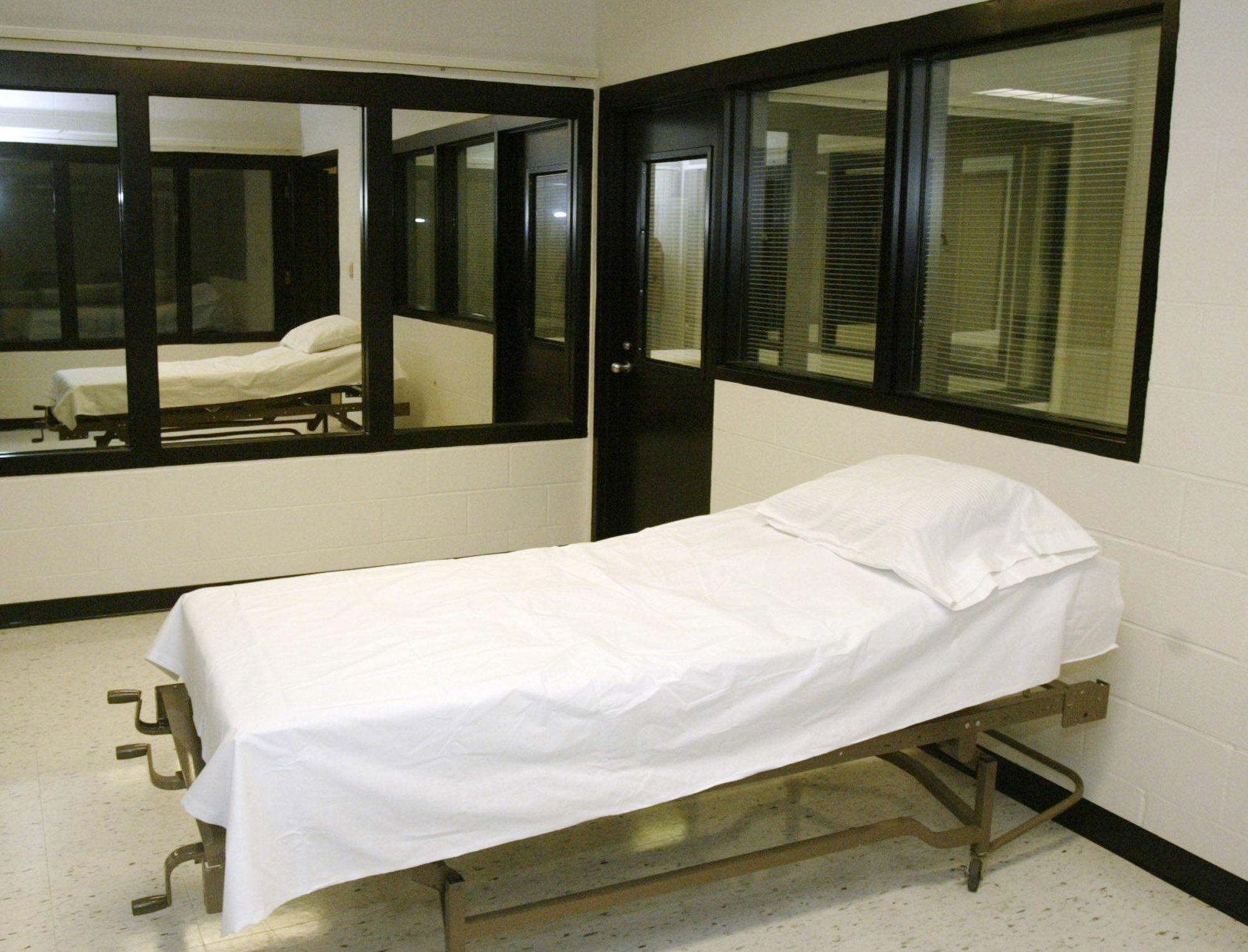 Image: The death chamber at the Missouri Correctional Center in Bonne Terre, Mo.