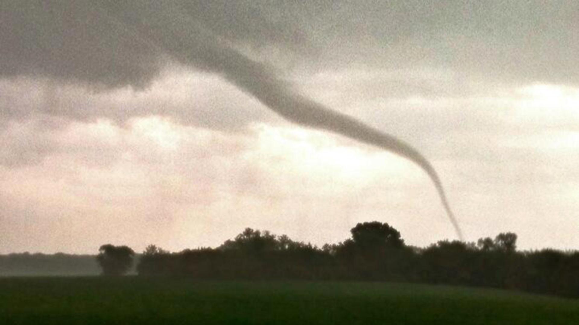 Image: A rope tornado near Viola, Kansas, on May 19, 2013.