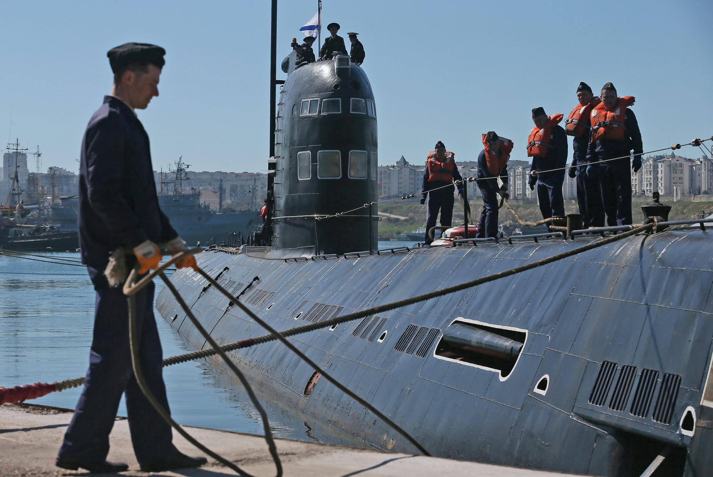 на подводной лодке несет службу кто профессия