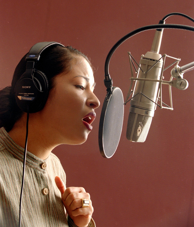 Selena Records Fabbddffedeb