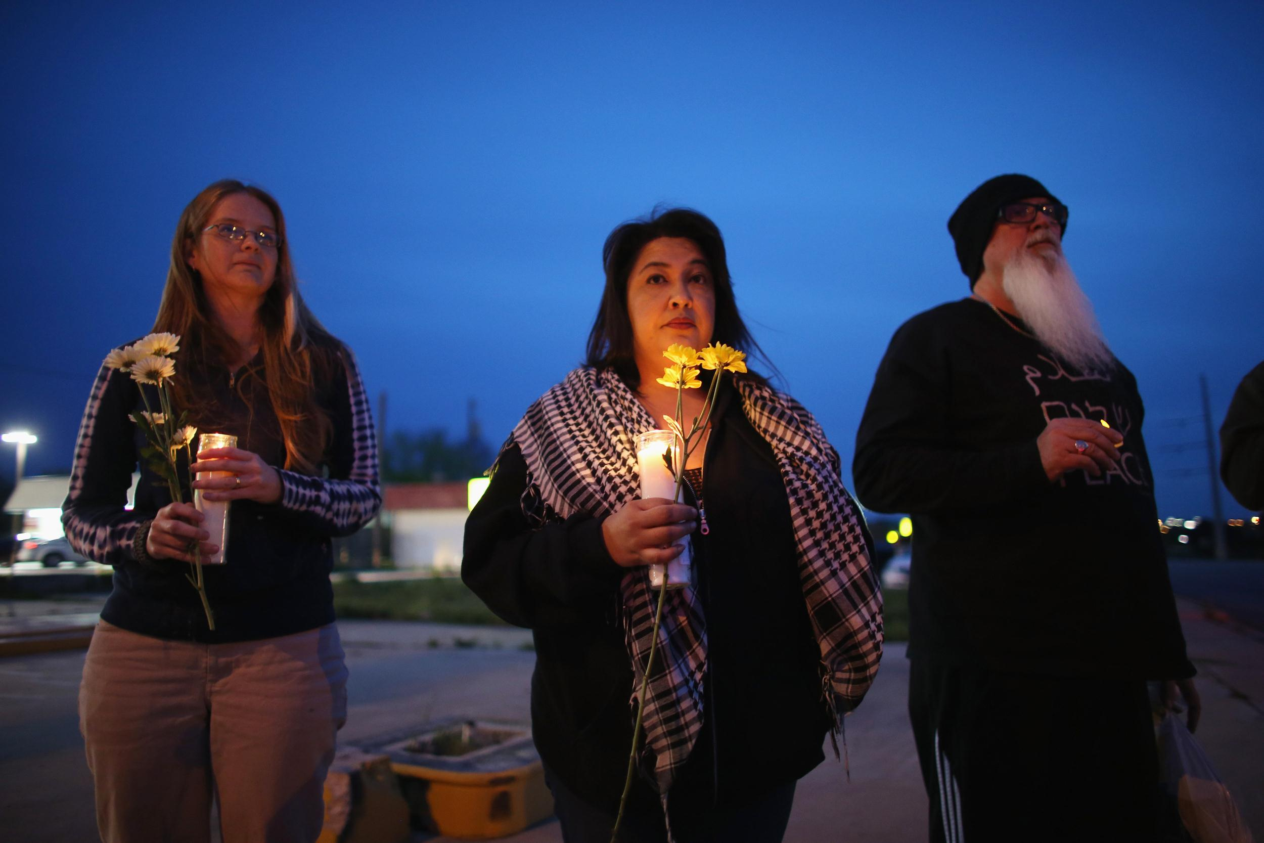 Image: Fort Hood Mourns After Mass Shootings, Searches For Answers