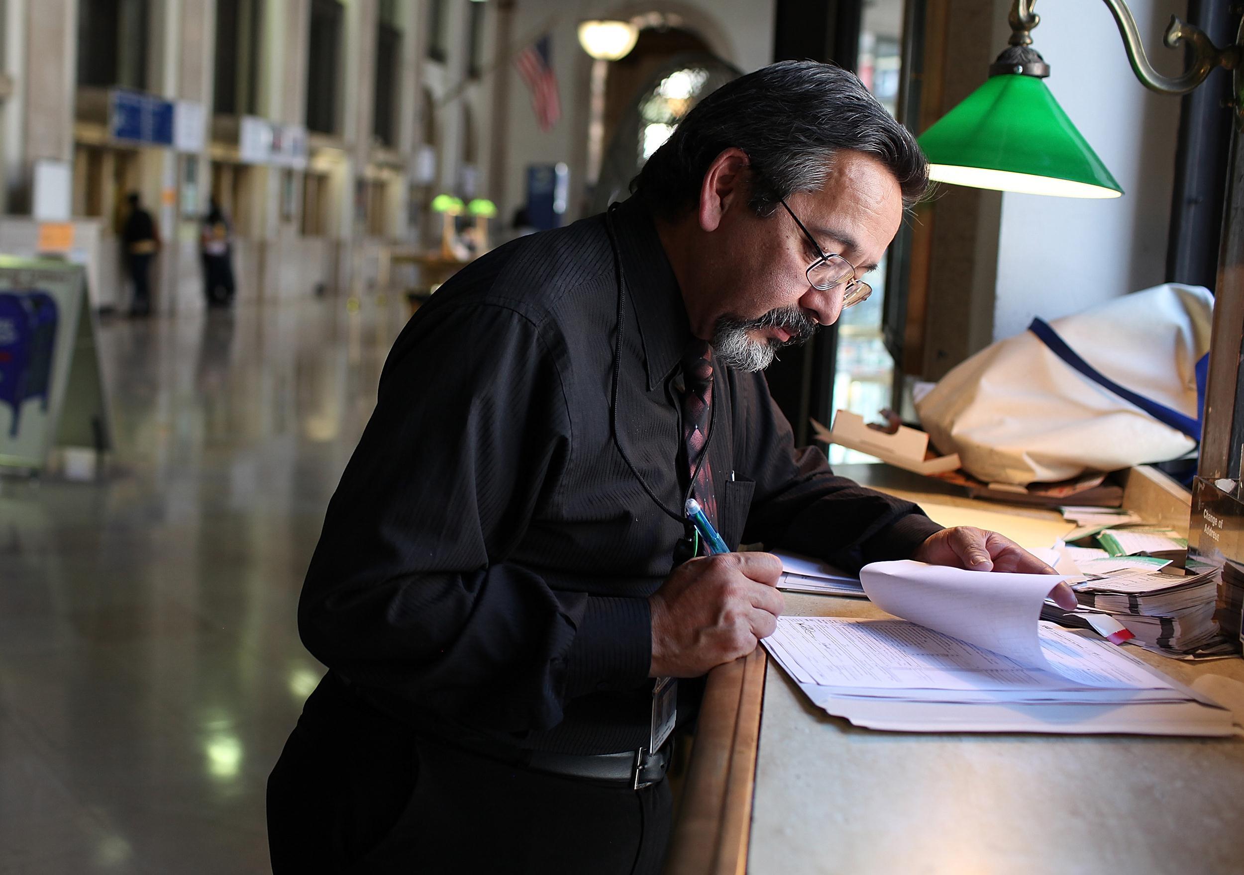 Image: Tax deadline
