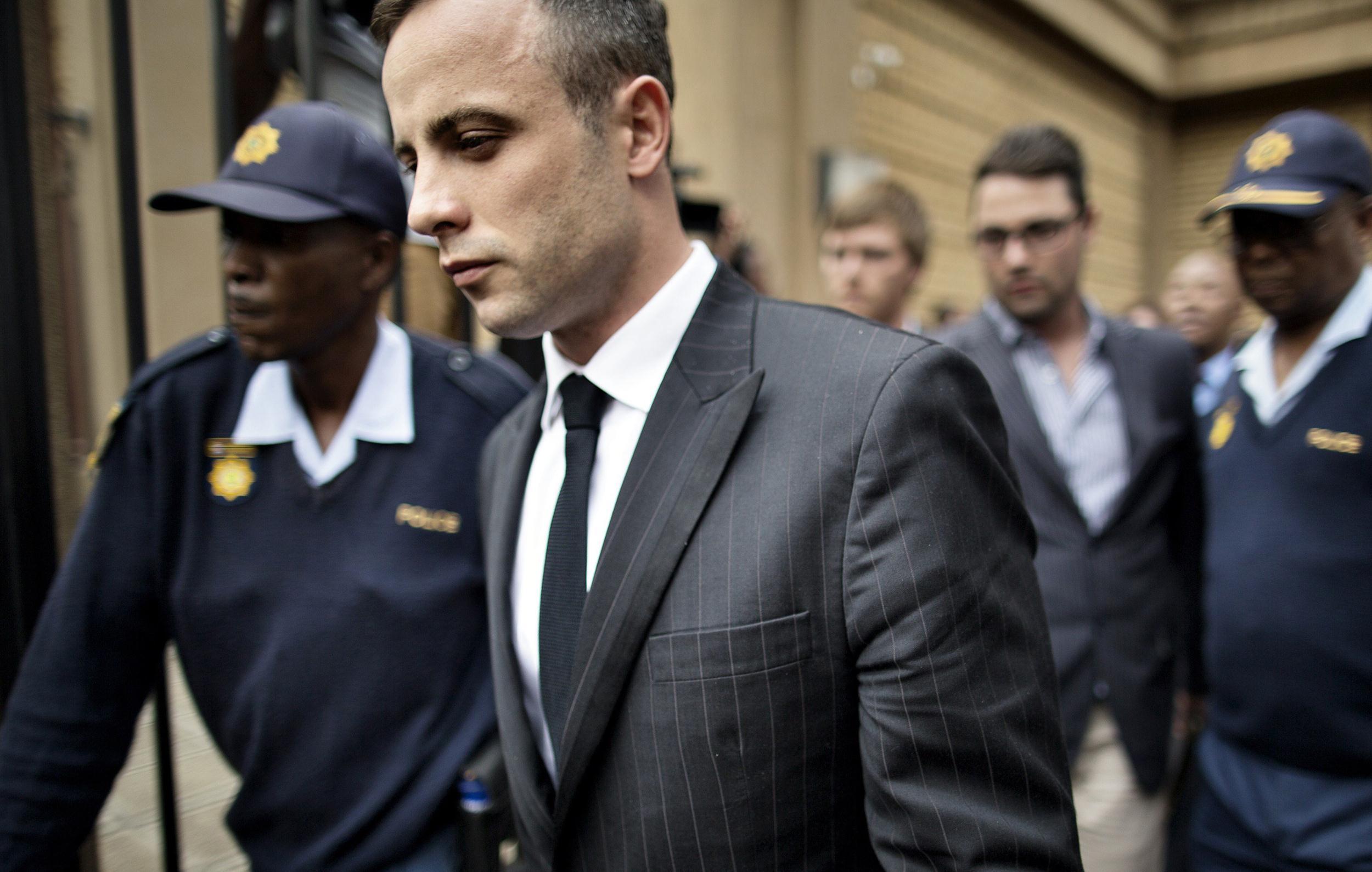 Oscas Pistorius leaves the North Gauteng High Court