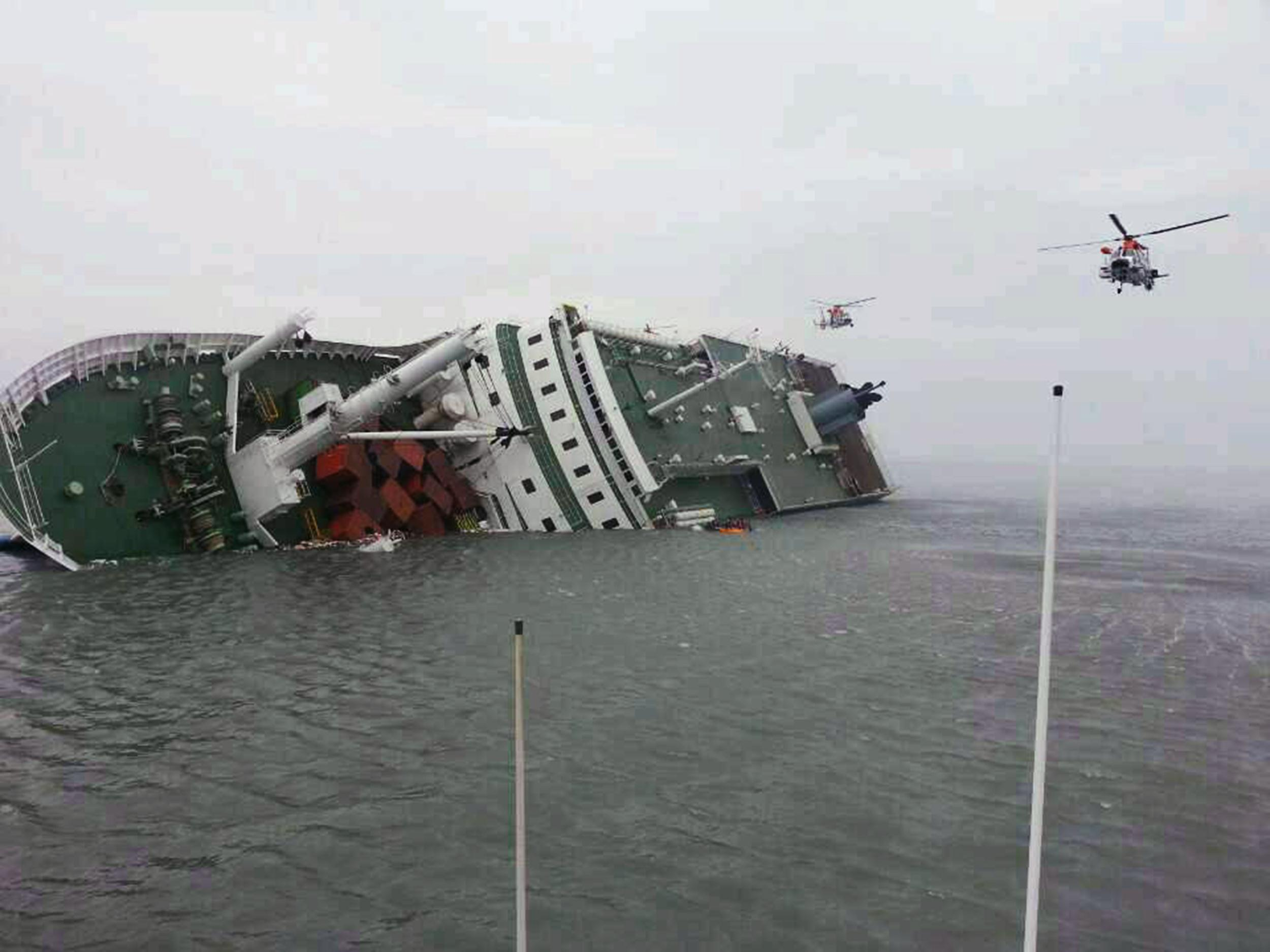 Image: S. Korea Ferry With Hundreds Of Passengers Sinks