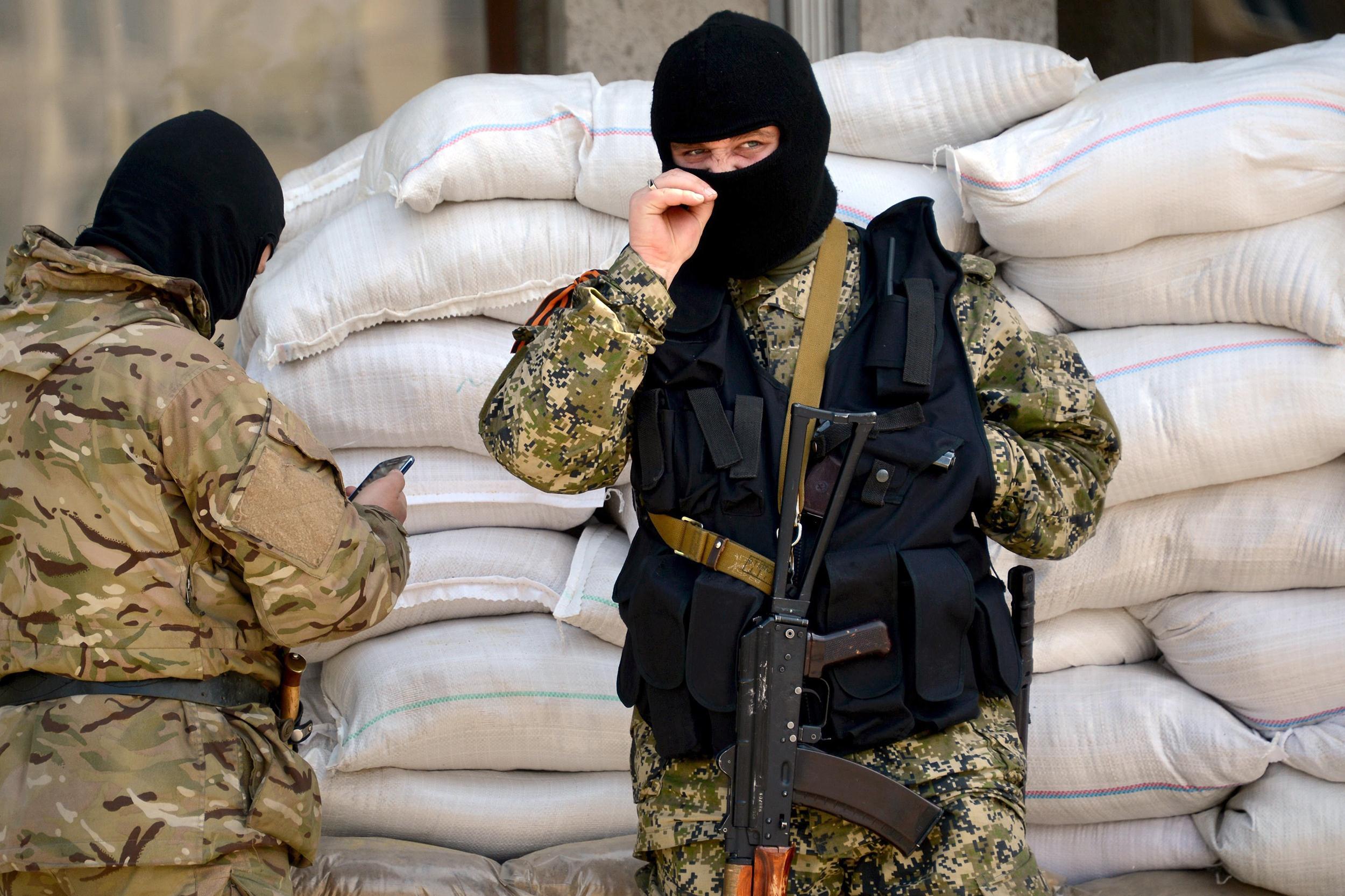Image: Pro-Russian separatists in eastern Ukraine