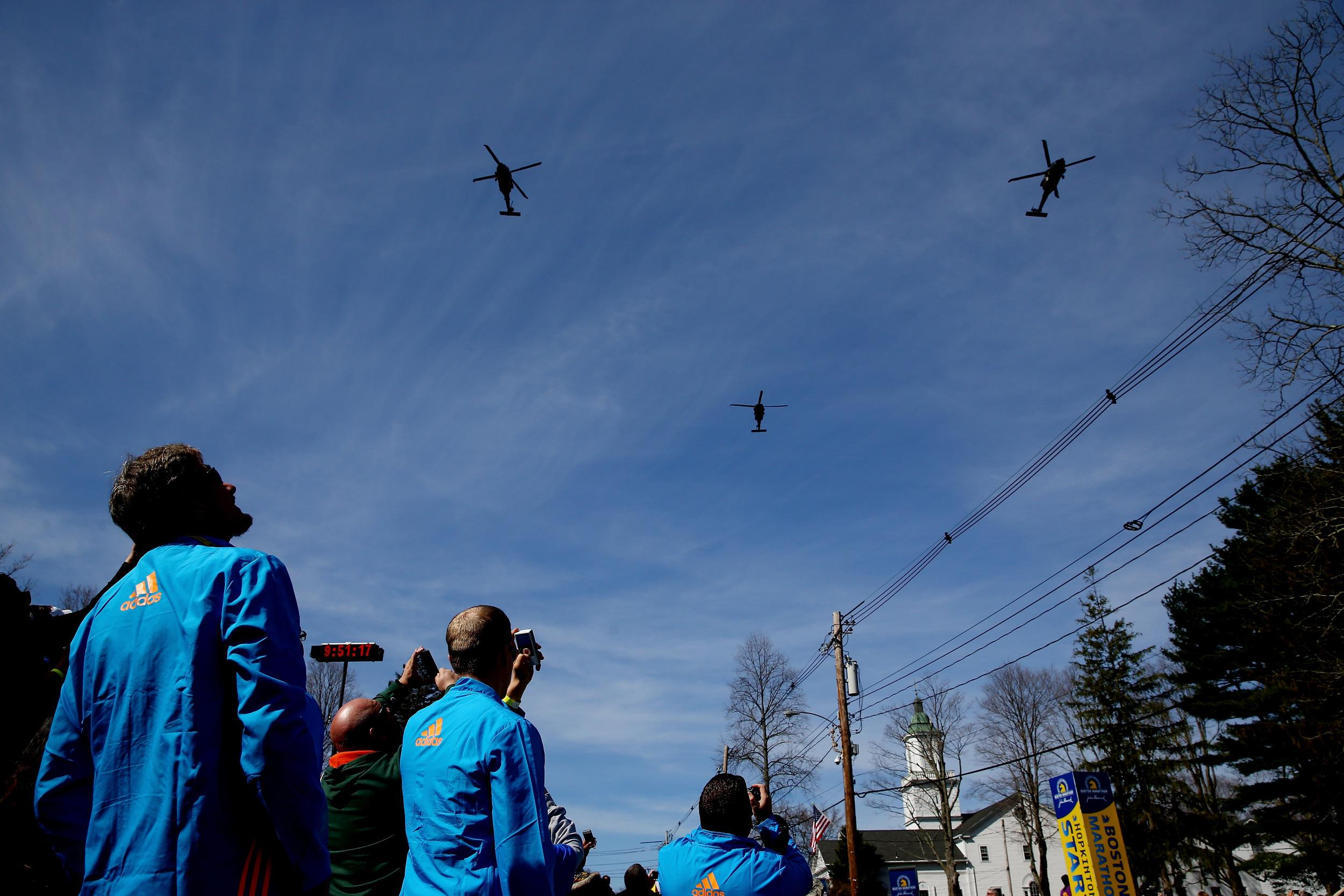 Why Are Helicopters Flying Over Boston Today >> Blackhawks Fly Over Boston Marathon Course