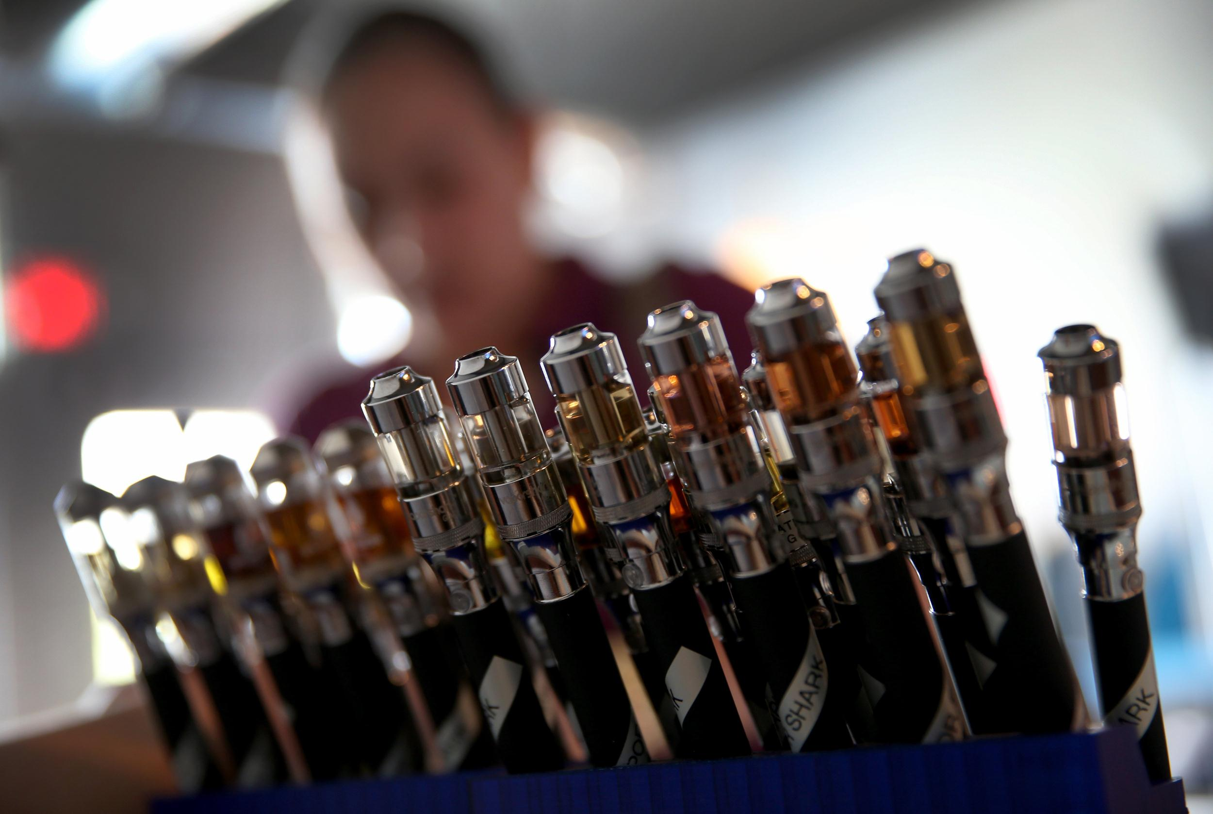Image: Top US Tobacco Companies Enter E-Cigarette Market