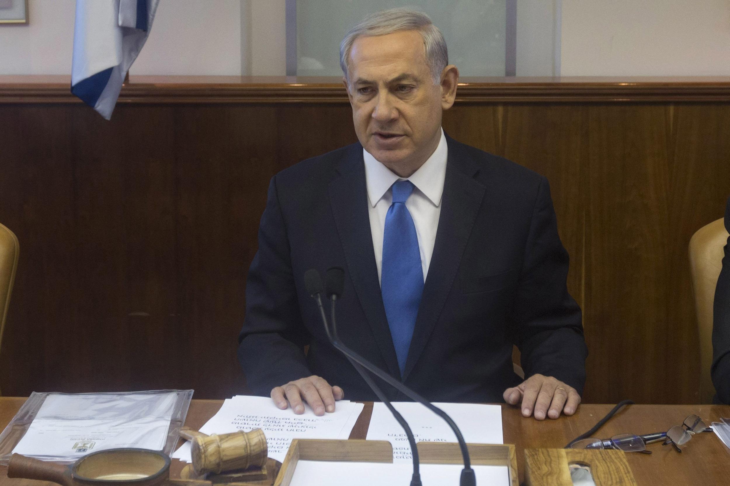 Image: Netanyahu at cabinet meeting in Jerusalem