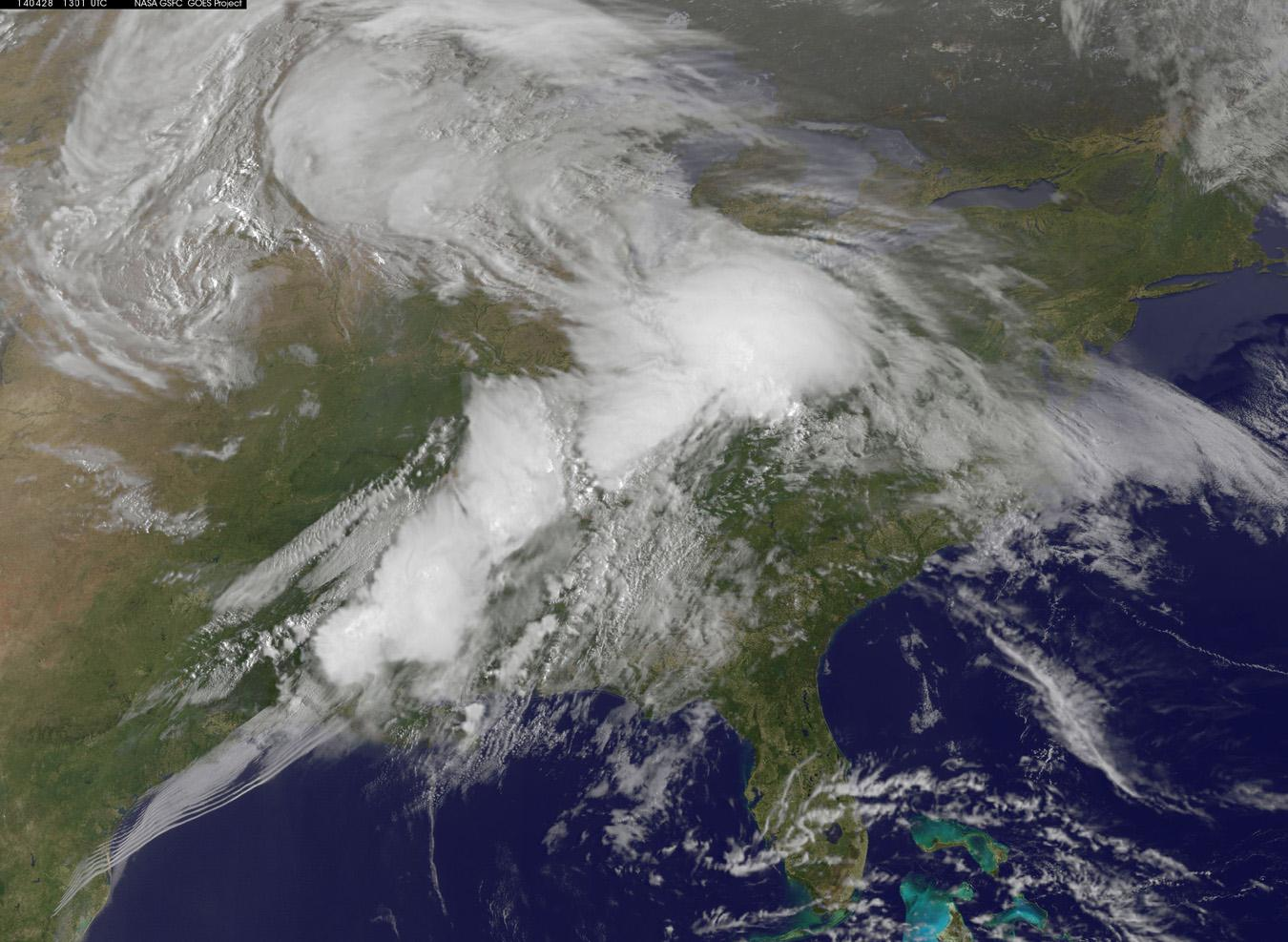 Image: Satellite view of storms
