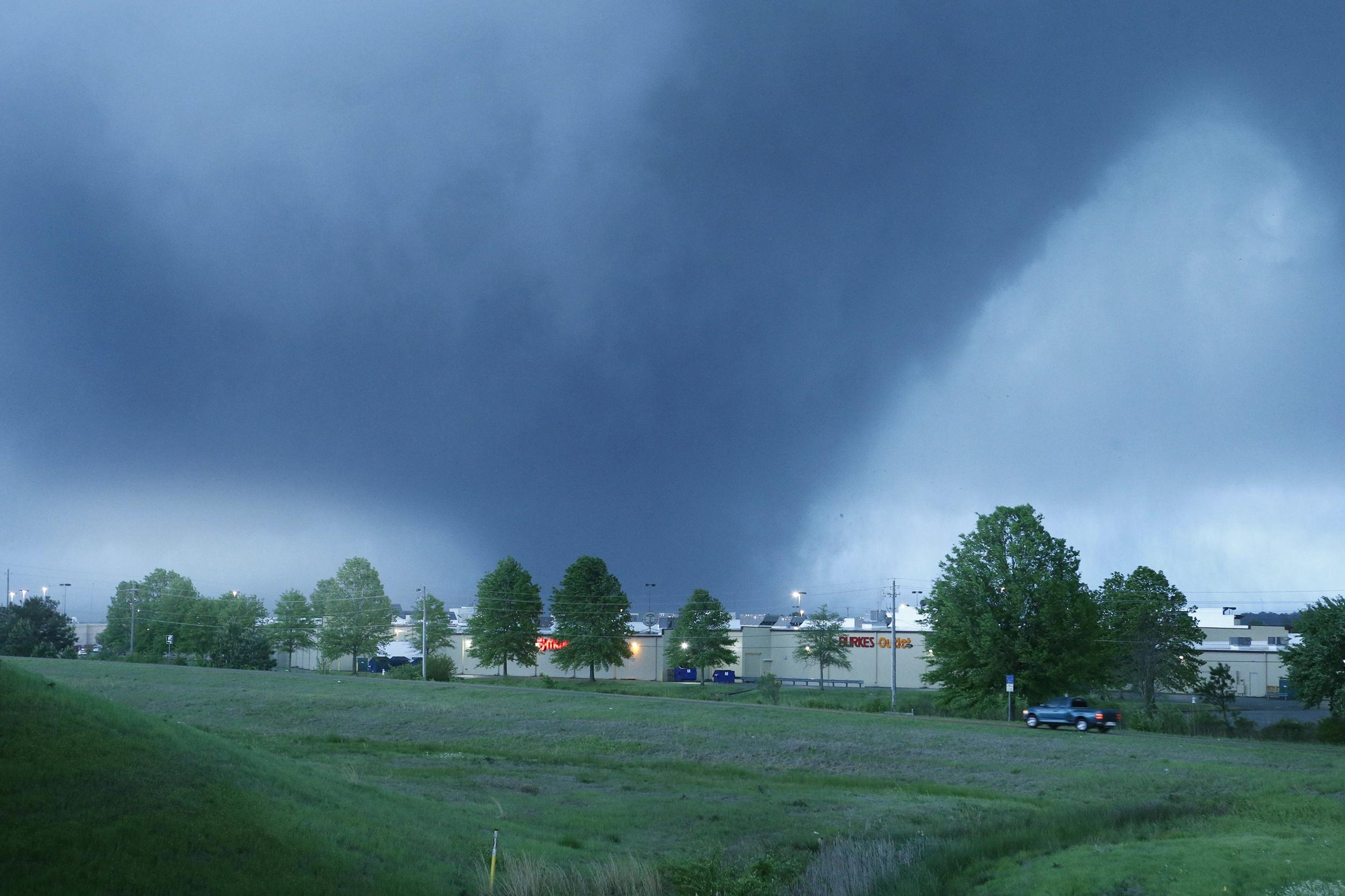 Image: A tornado bears down on Tupelo, Miss.,, as seen from the Barnes Crossing area, on Monday.