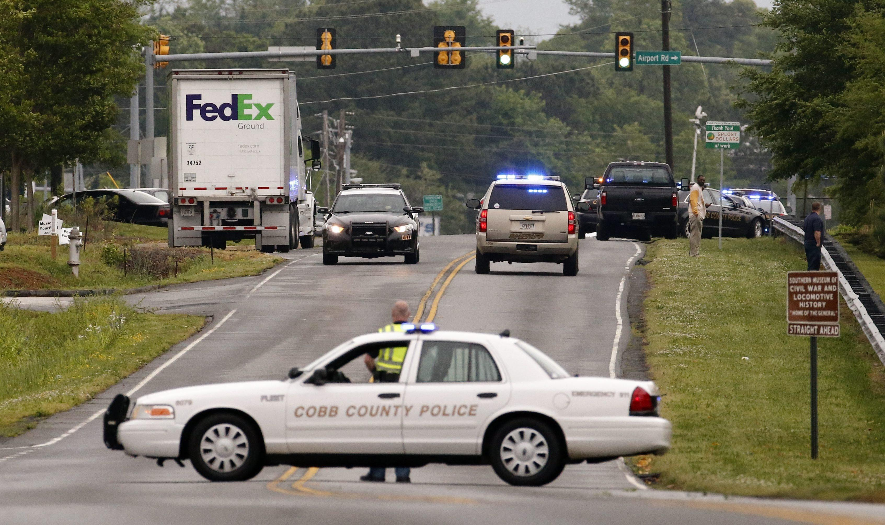 Image: Shooting at FedEx facility in Kennesaw, Georgia
