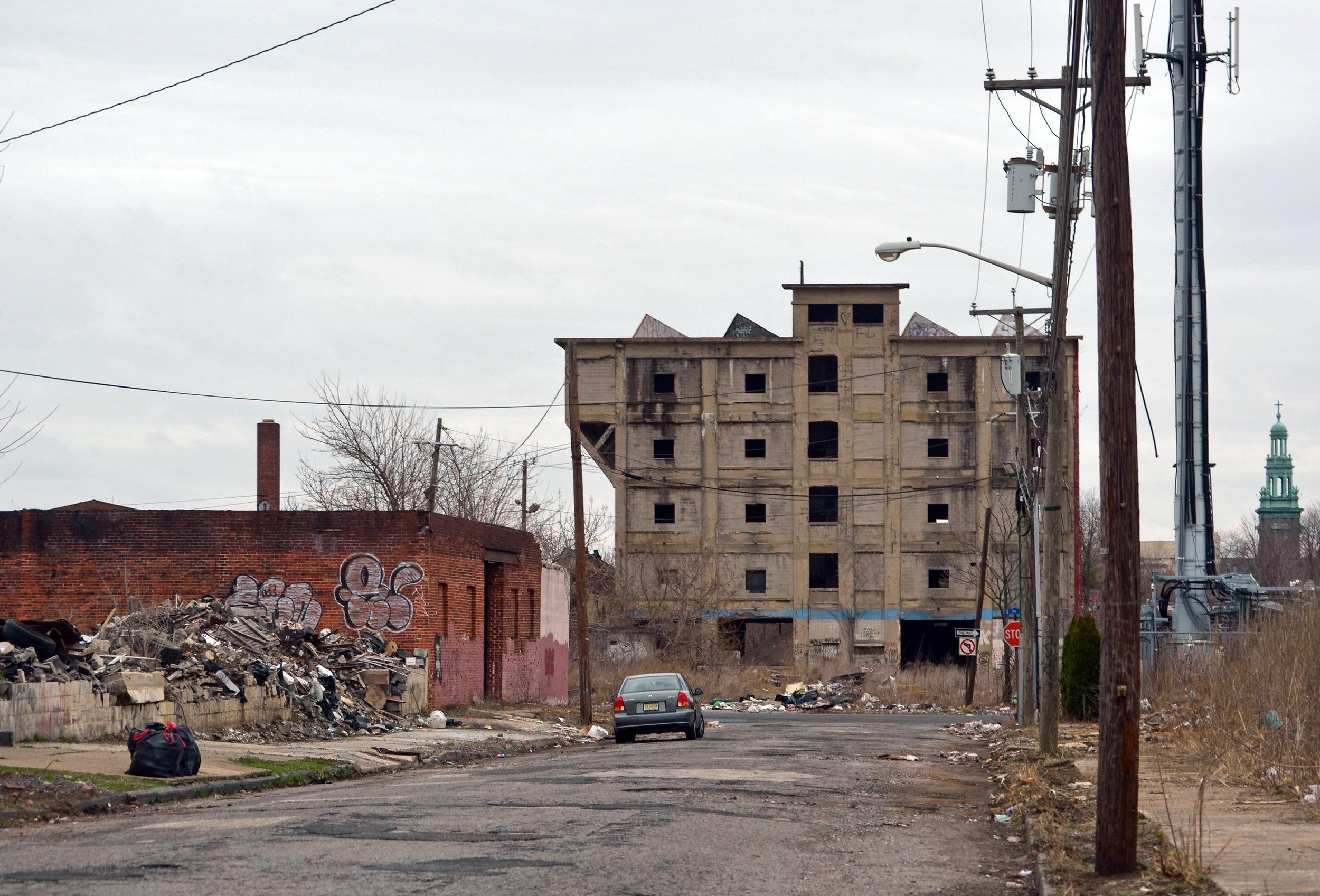 America's poor, like many living in Camden, NJ. are falling further behind the rest of the national a study says.