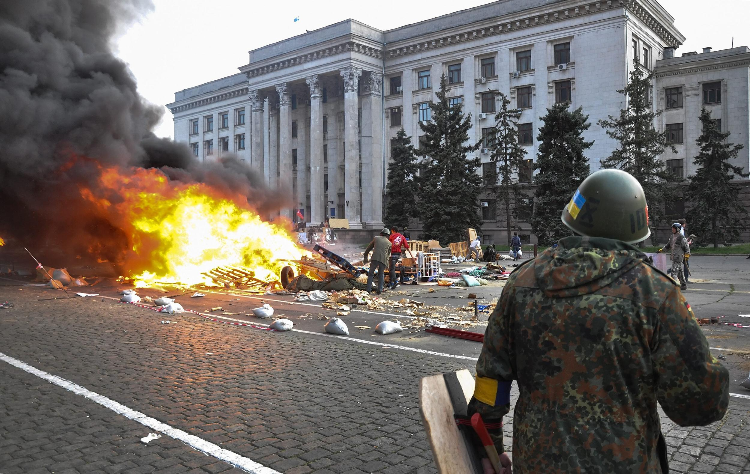 Image: Dozens dead in fire after clashes in Odessa
