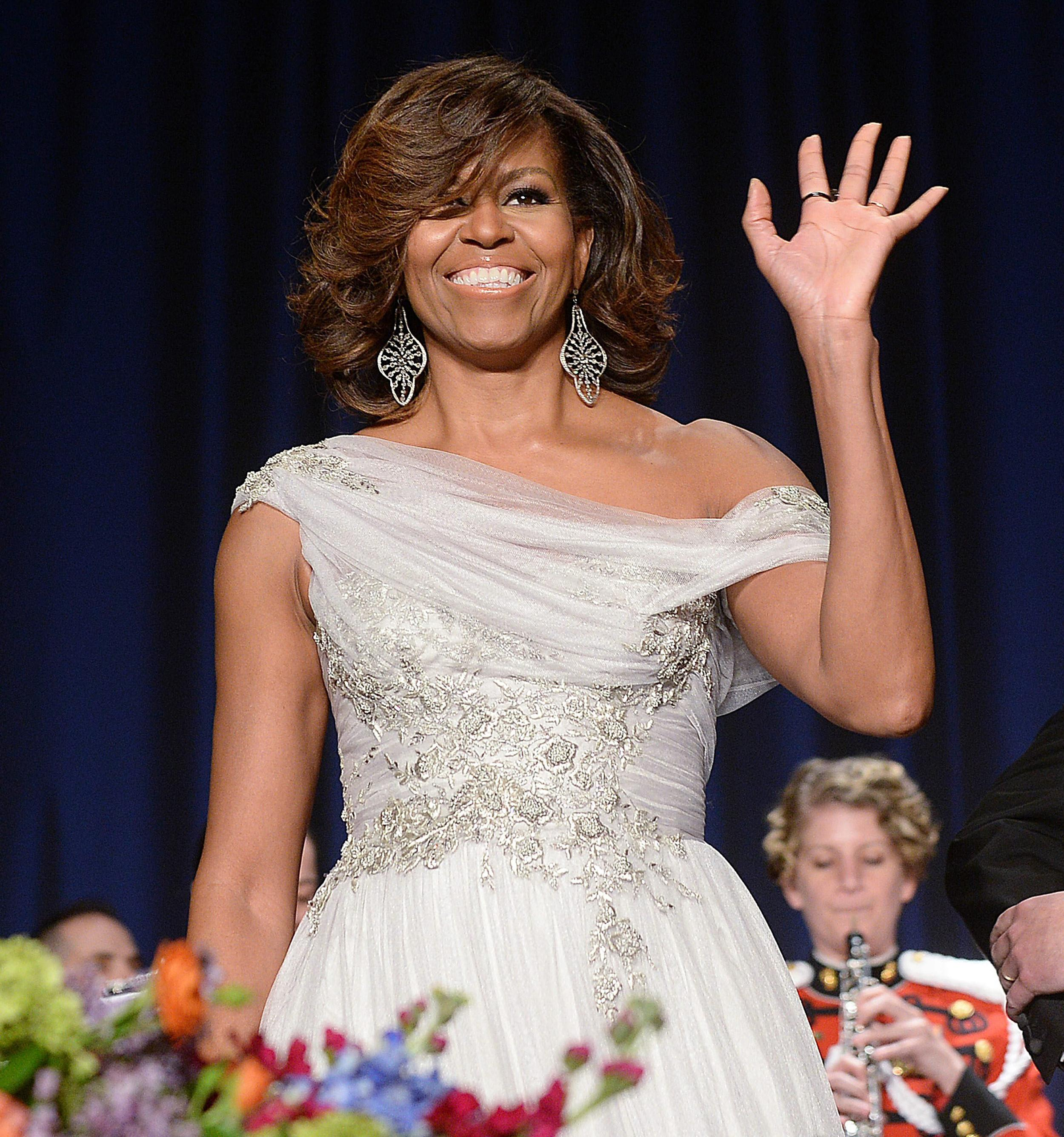 FLOTUS Approved: Thumbs-Up At White House Correspondents