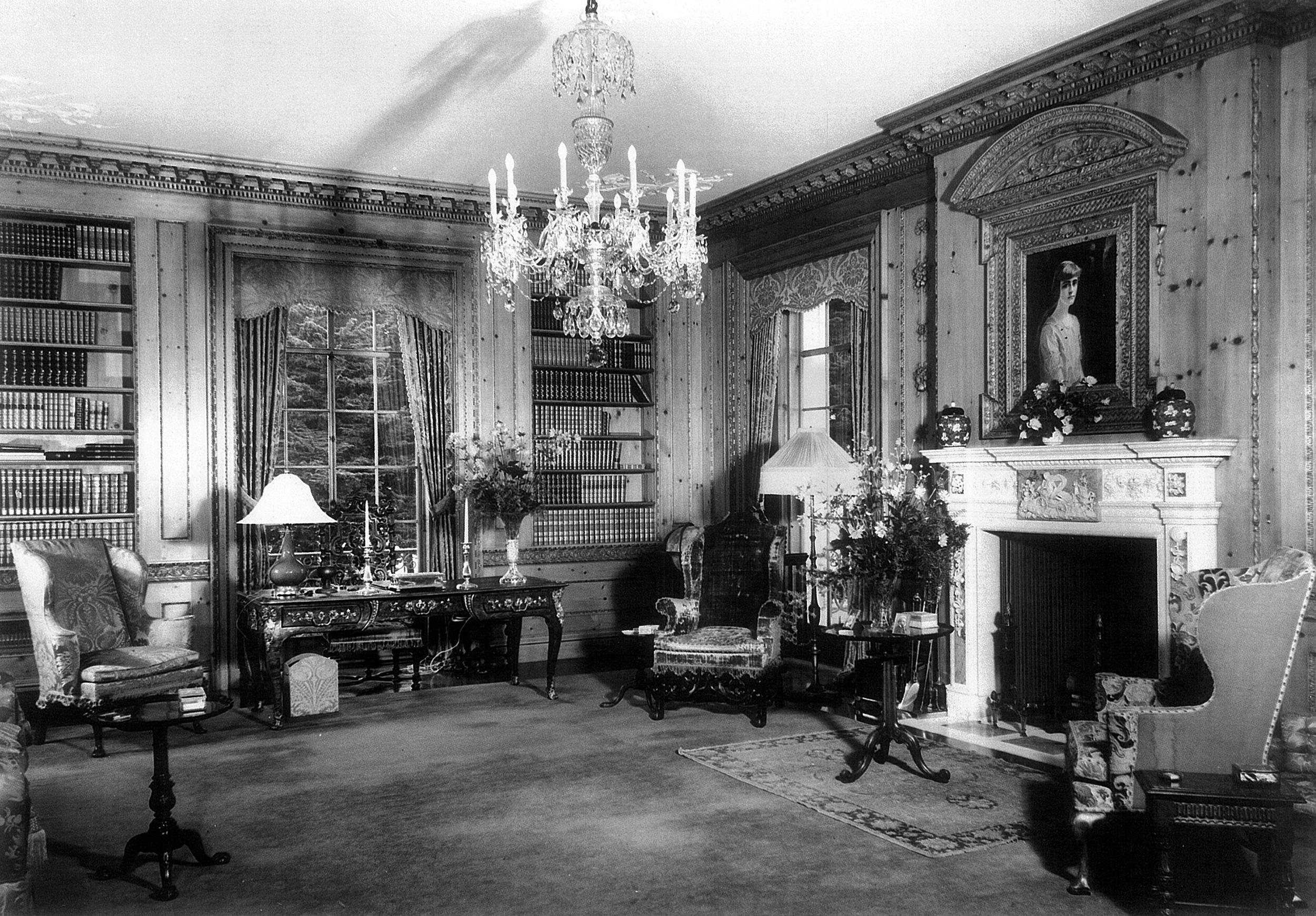Image: The library in Huguette Clark's unused mansion