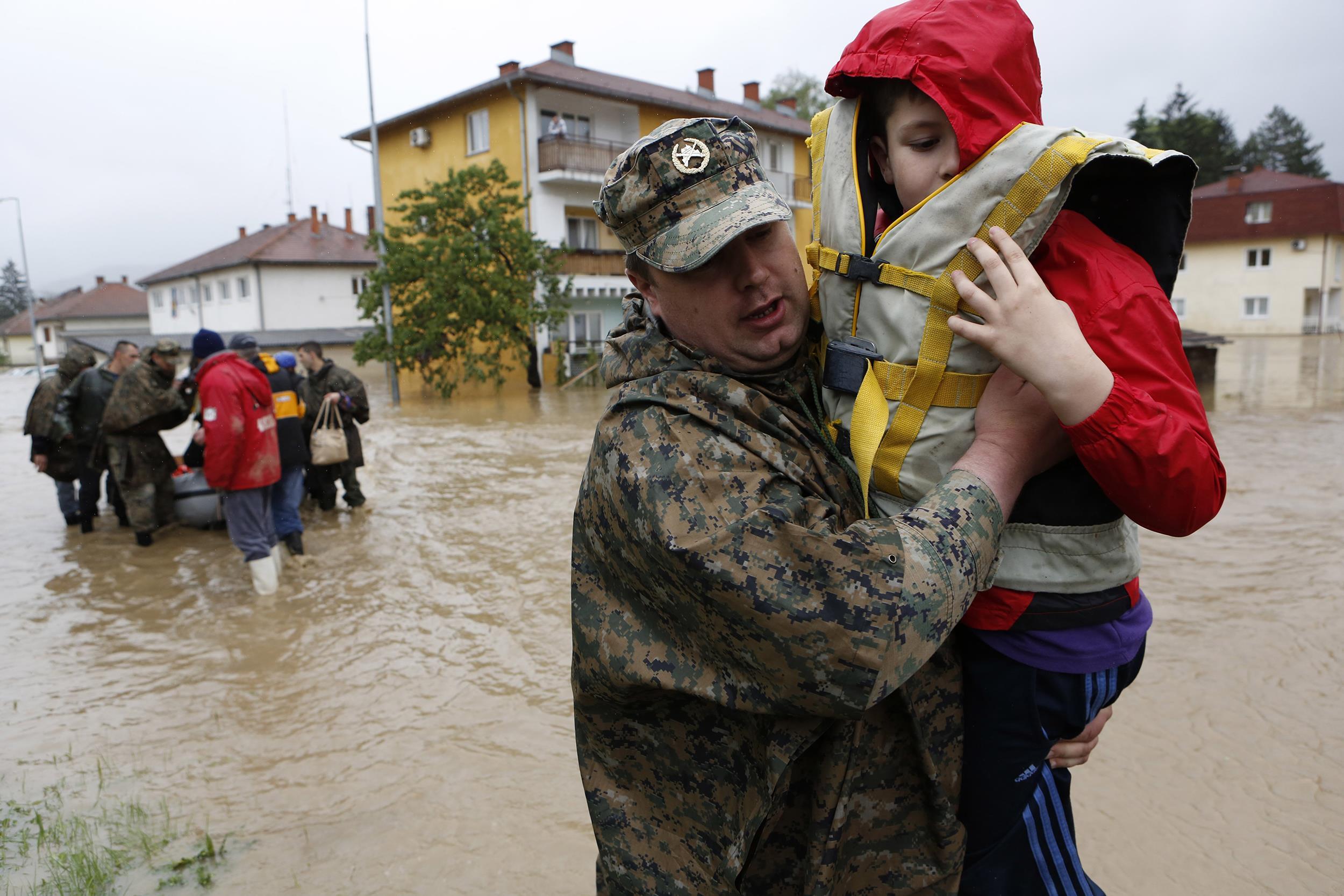 [Image: pc-140516-bosnia-floods-02_869a934739d5e...ae8520.jpg]