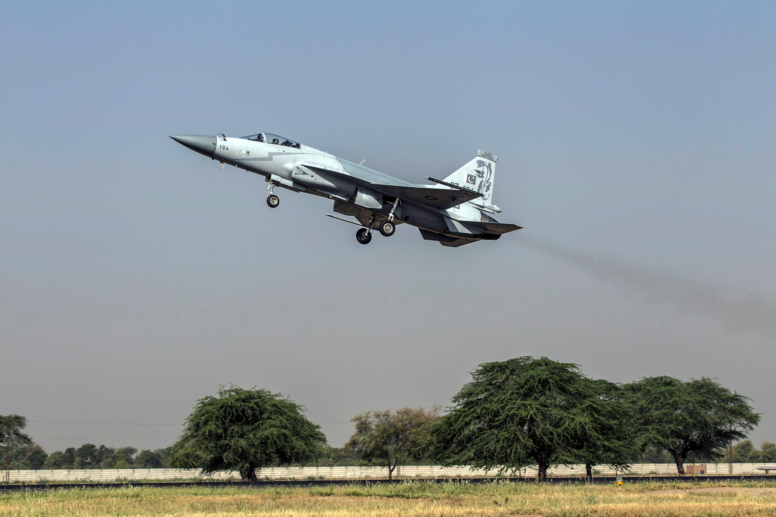 A JF-17 Thunder fighter jet of the Pakistan Air Force takes off from Mushaf base in Sargodha