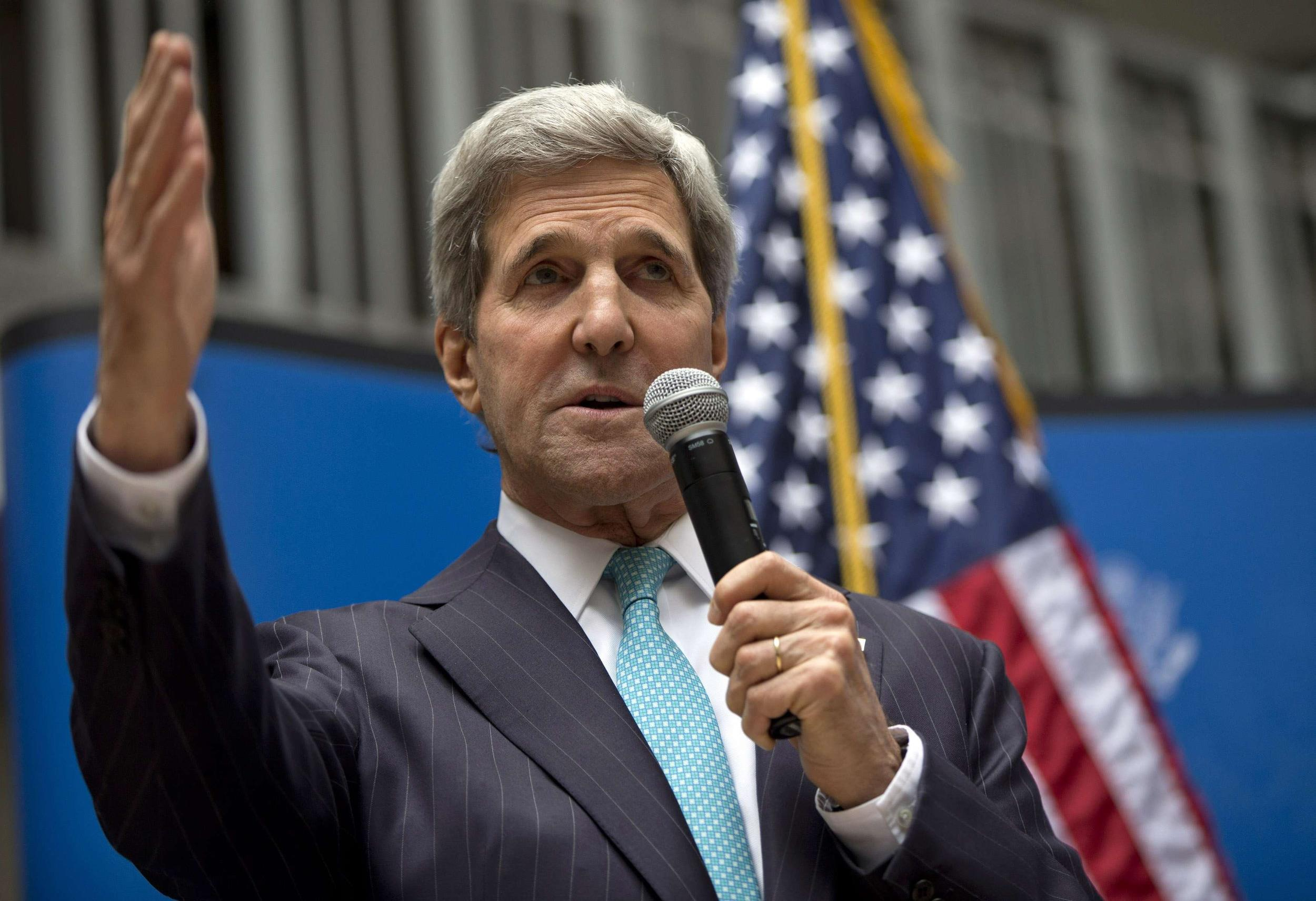Image: U.S. Secretary of State John Kerry speaks to U.S. embassy employees during a reception in Mexico City