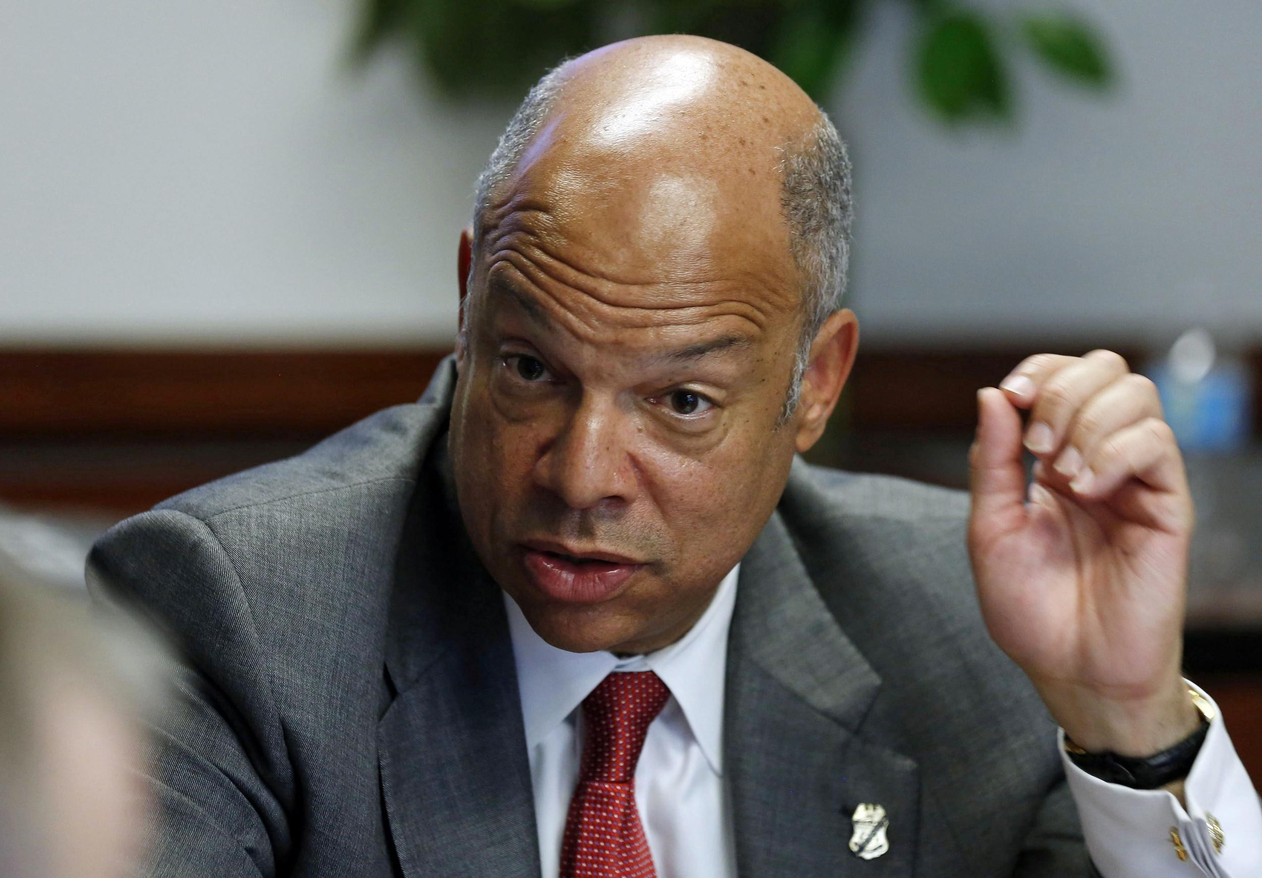 http://media1.s-nbcnews.com/i/newscms/2014_22/473701/140529-jeh-johnson-mn-851_60fccc3ca5a5c78caceca6581699837f.jpg