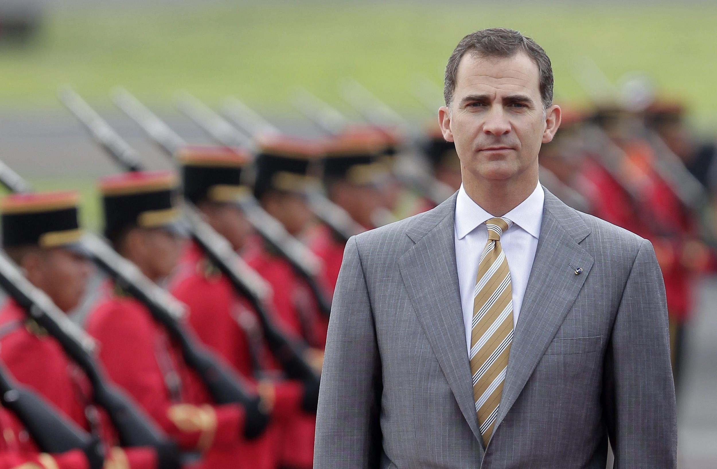 Image: King Juan Carlos abdicates