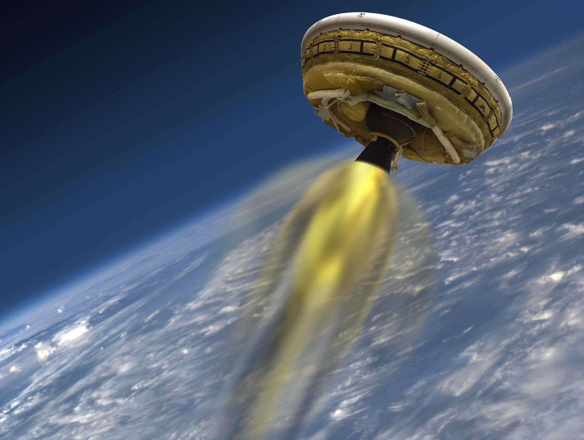 Look out mars nasa gets its flying saucer ready for for Flying spaces