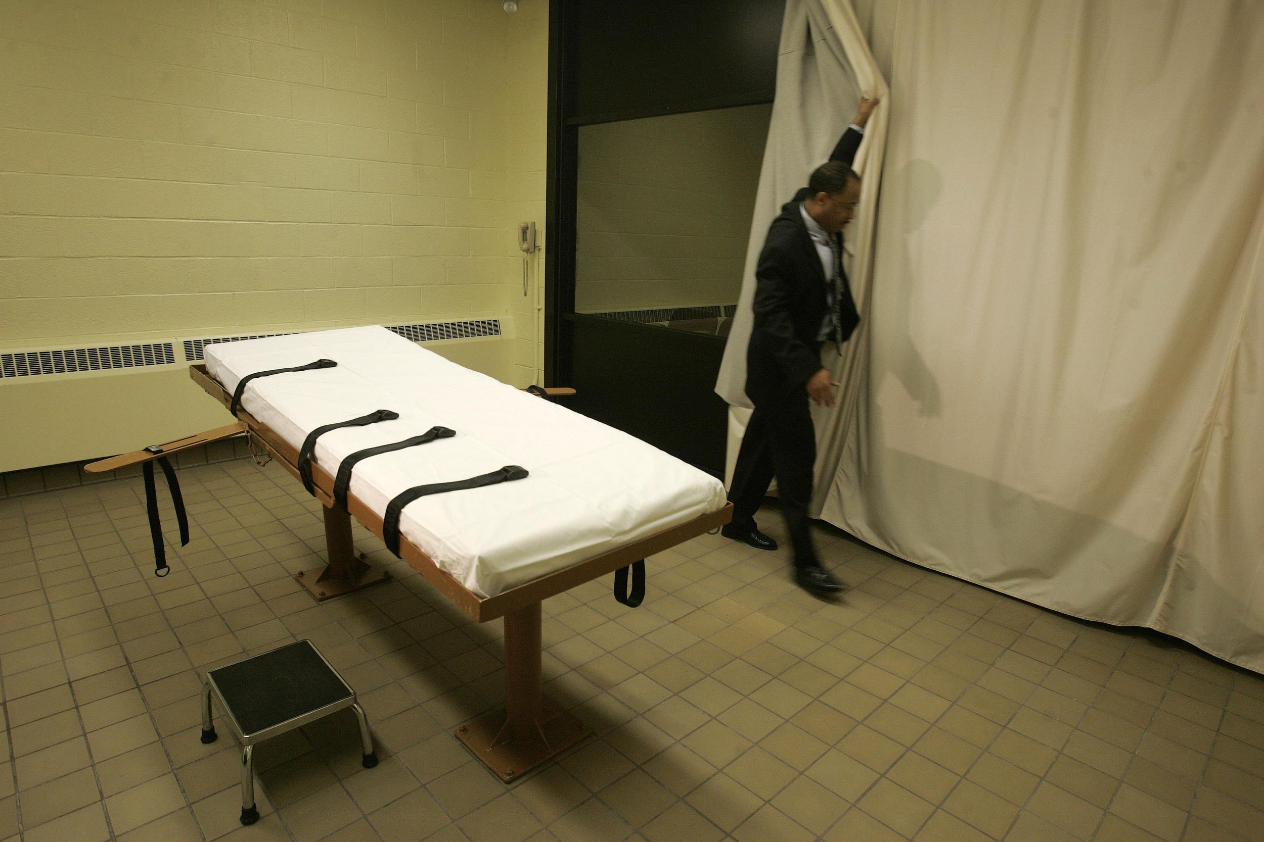 Image: Death chamber at the Southern Ohio Correctional Facility in Lucasville, Ohio