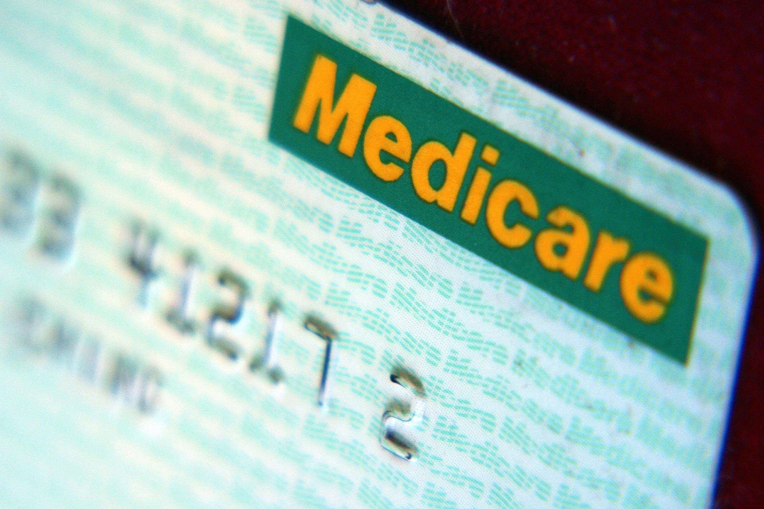Medicare Starts Replacing Social Security Numbers on ID Cards ...