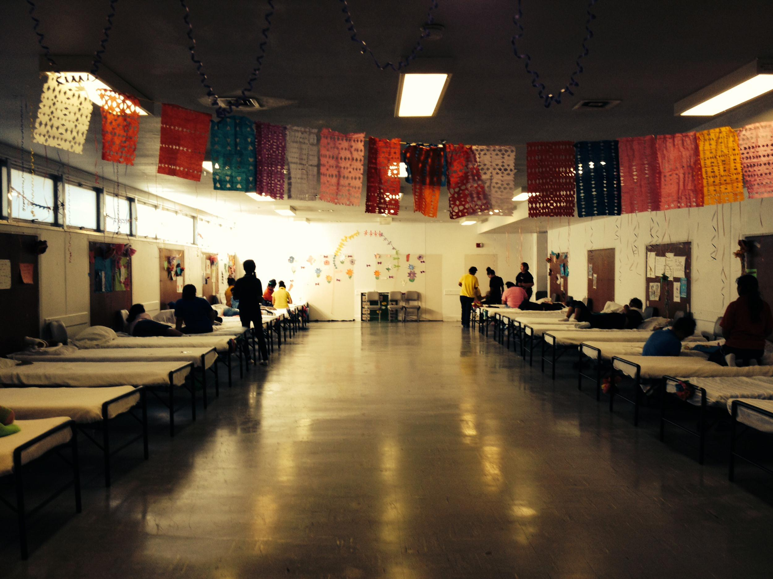 Image: The girls' dormitory of the Joint Base San Antonio Lackland Shelter
