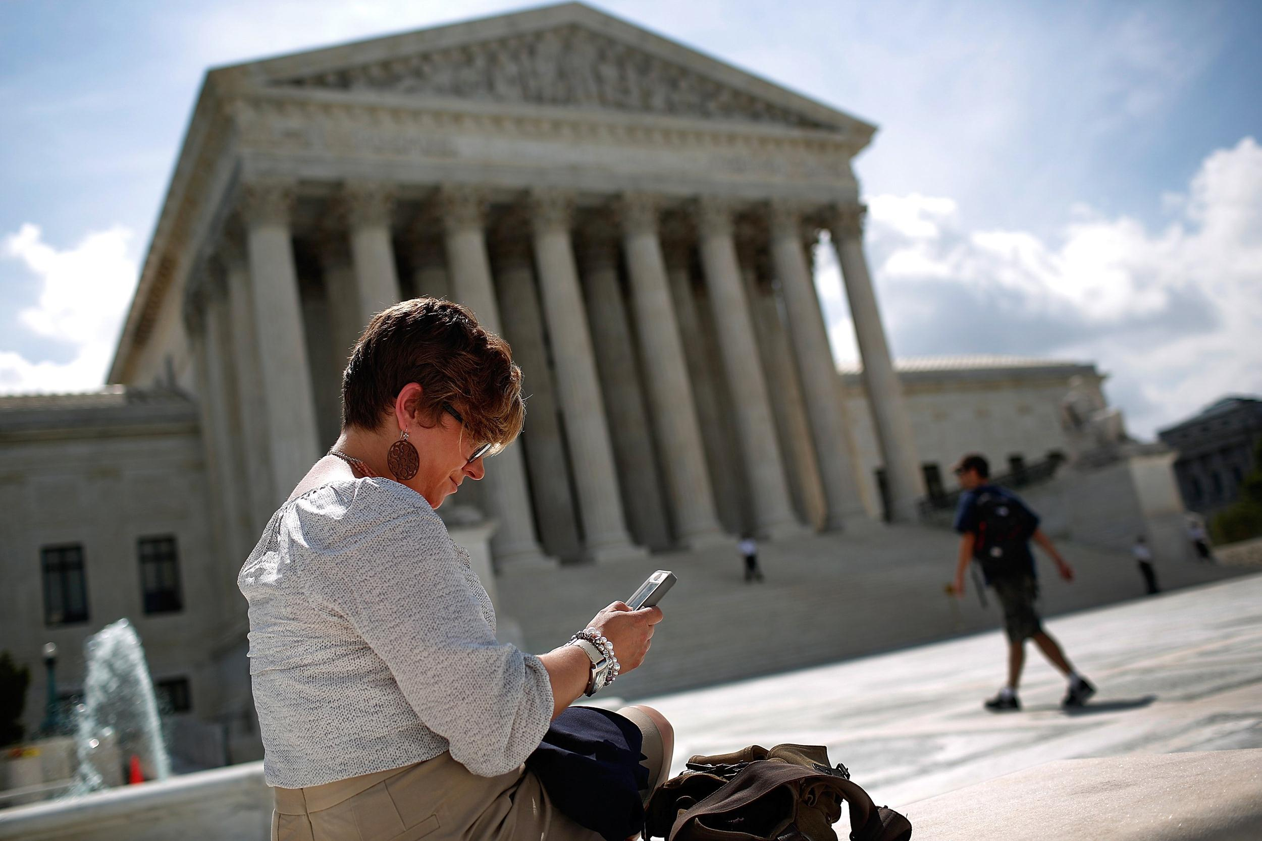 Image: Supreme Court Delivers Decisions Against Aereo And Rules In Favor Of Cellphone Privacy