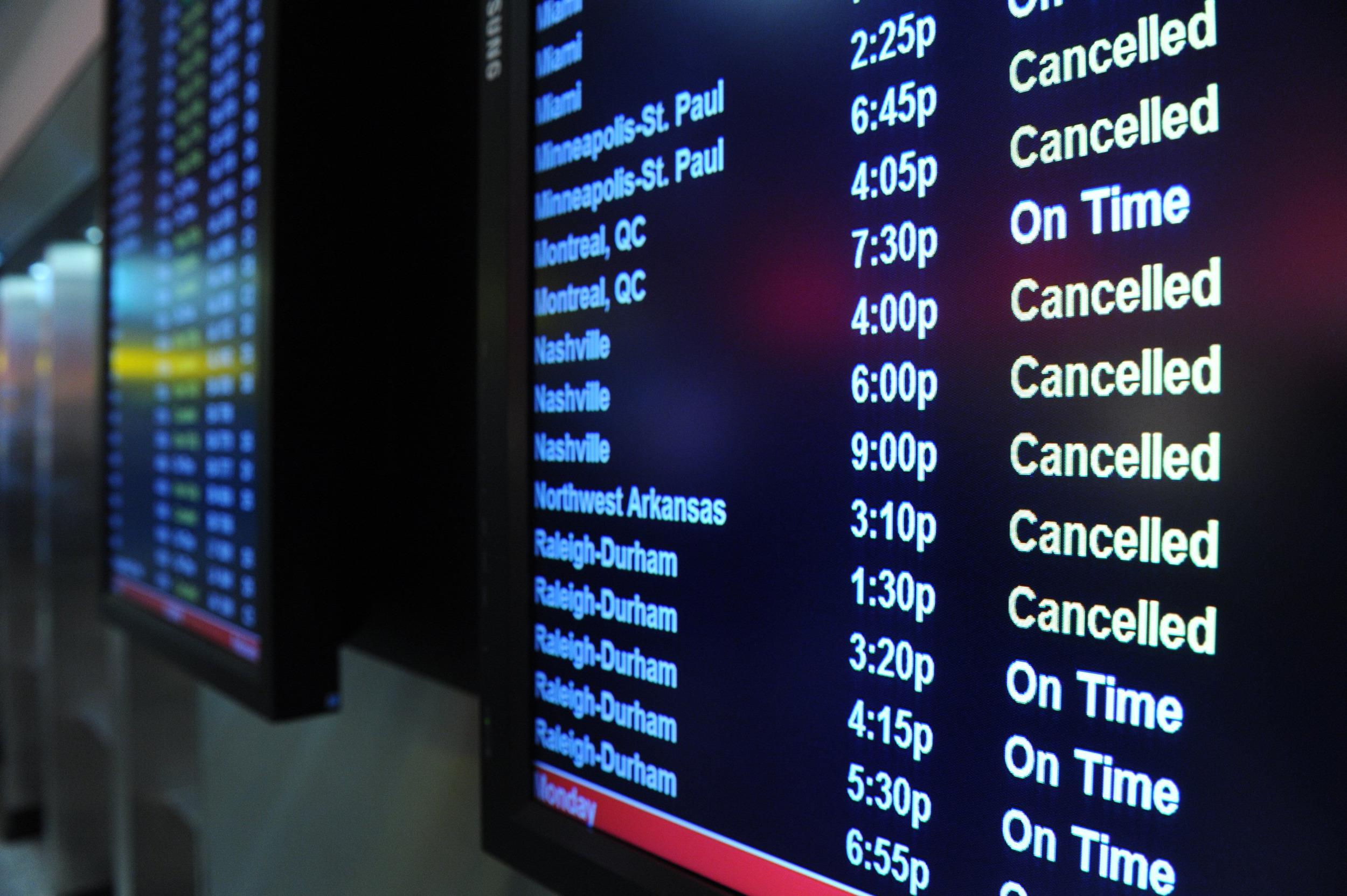 Image: canceled flights