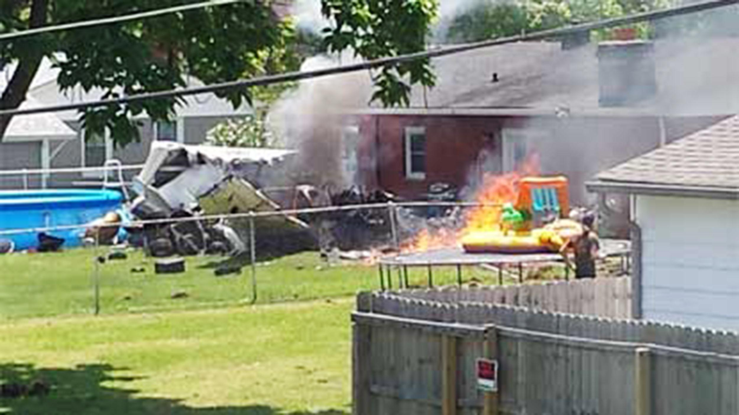 Small Plane Crashes Into Two Homes in Indiana, Killing One - NBC News