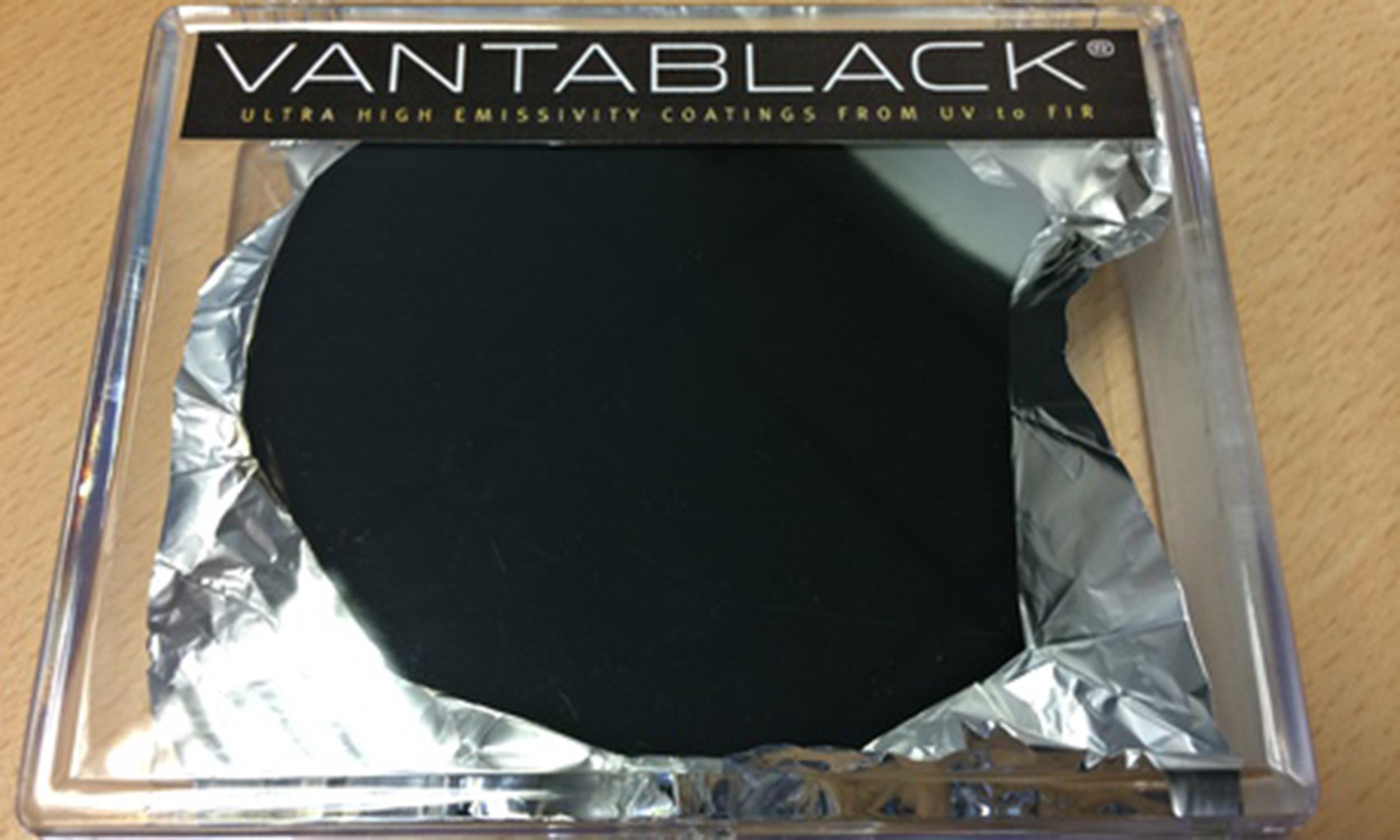 Vantablack czyli materia niesko czenie czarny for Black is the new color
