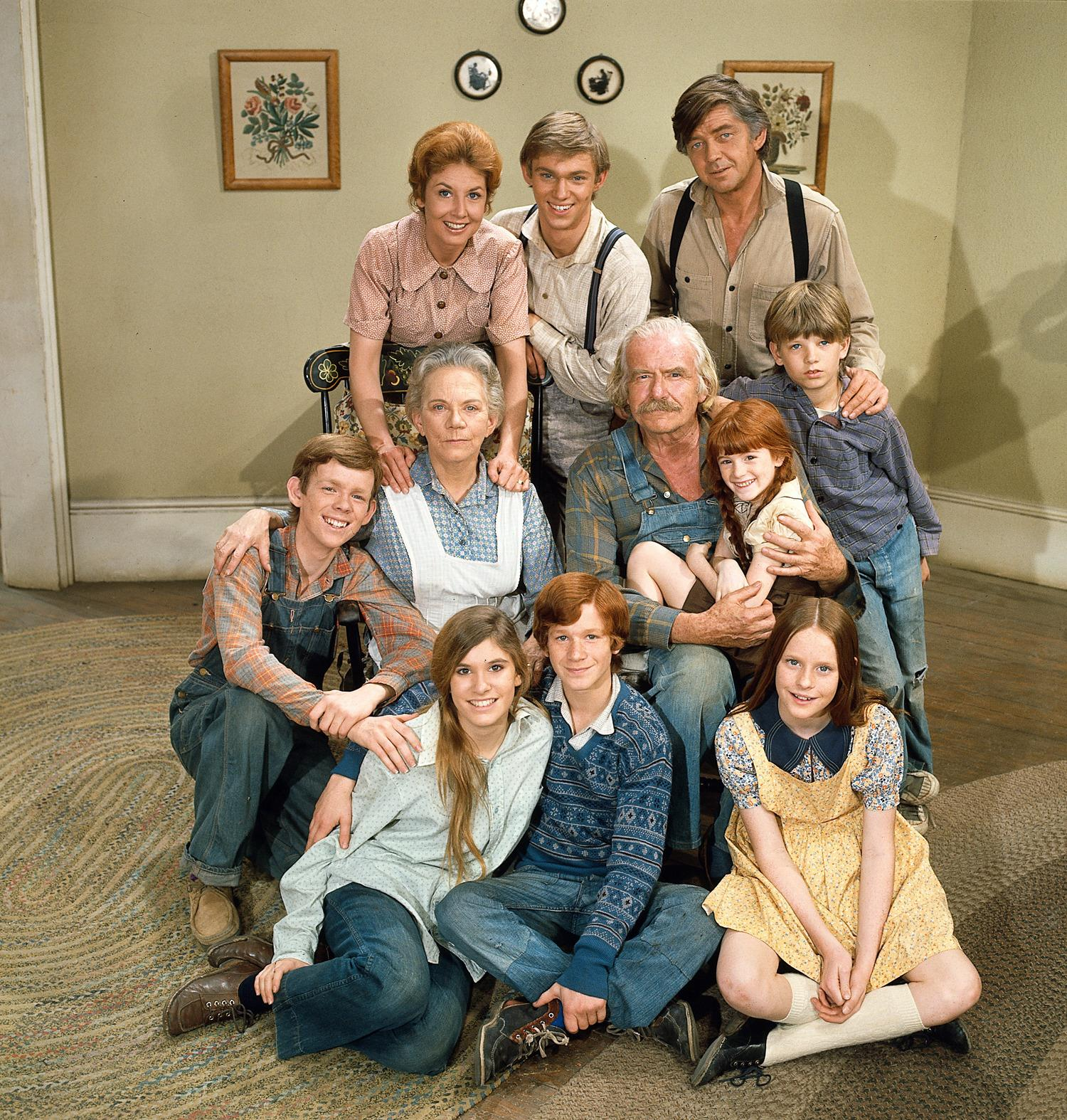 The cast of the hit television series 'The Waltons' poses for a promotional photo, 1972.