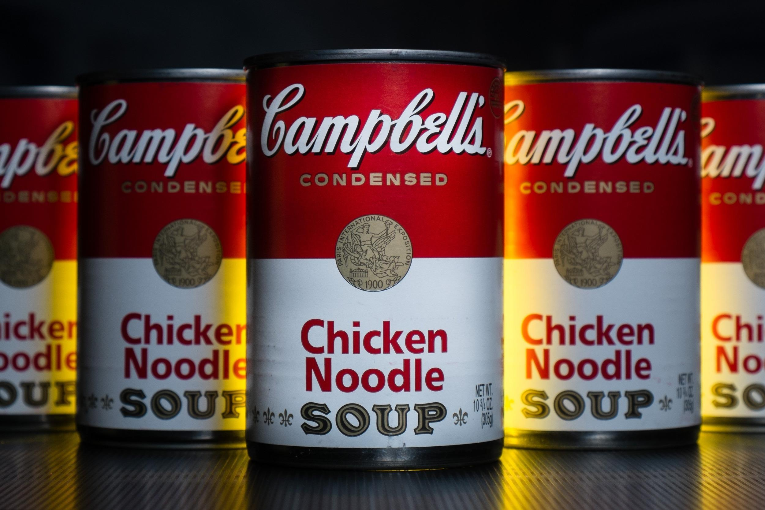 Image: Campbell Soup cans