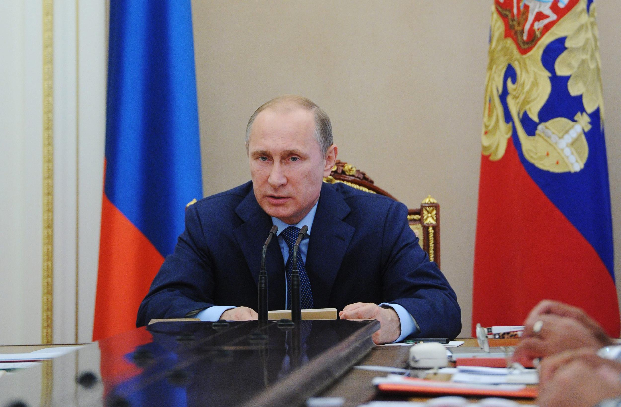 Image: Vladimir Putin attend in Russian Security Council meeting