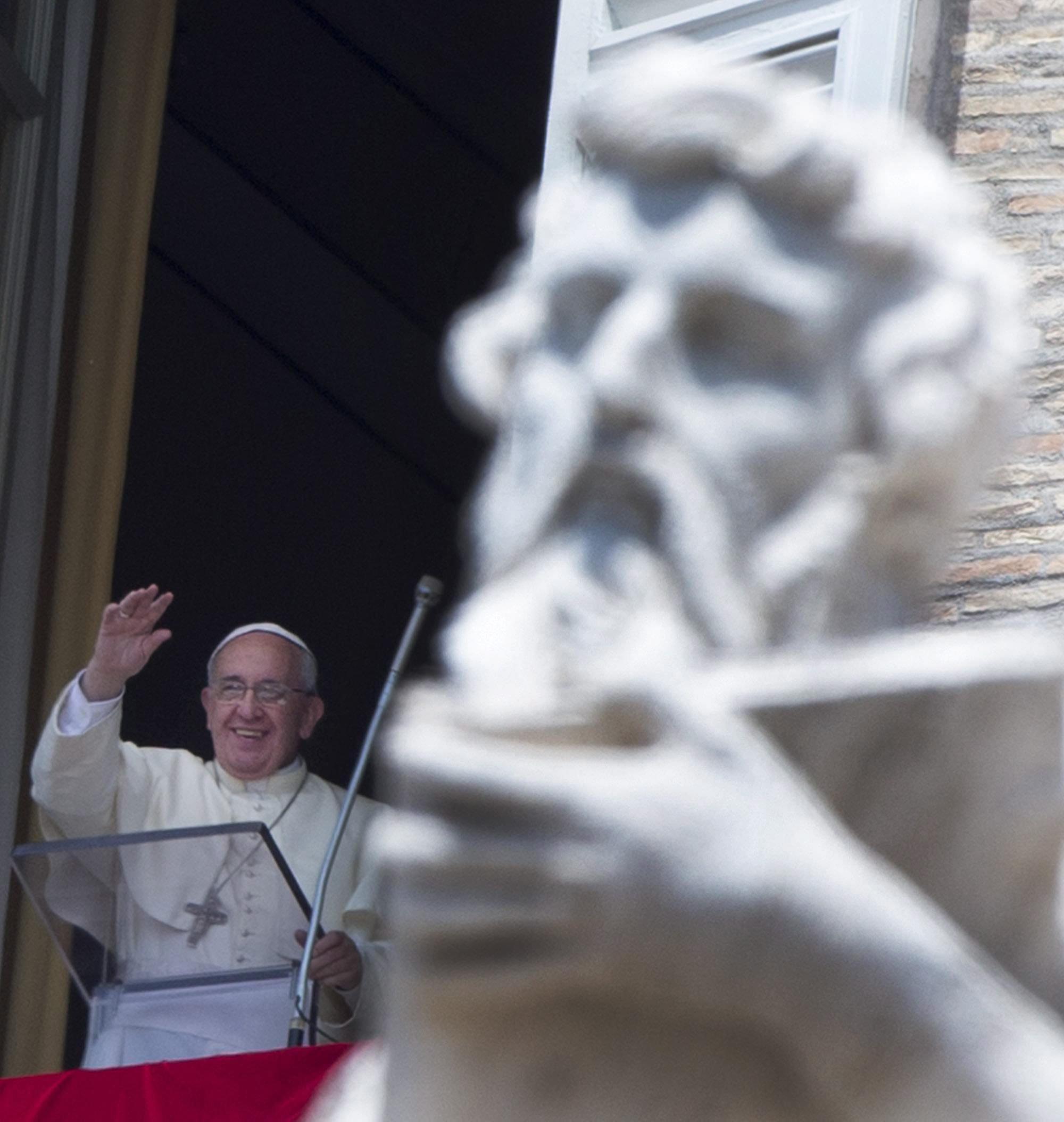 Image: Pope Francis' Angelus prayer
