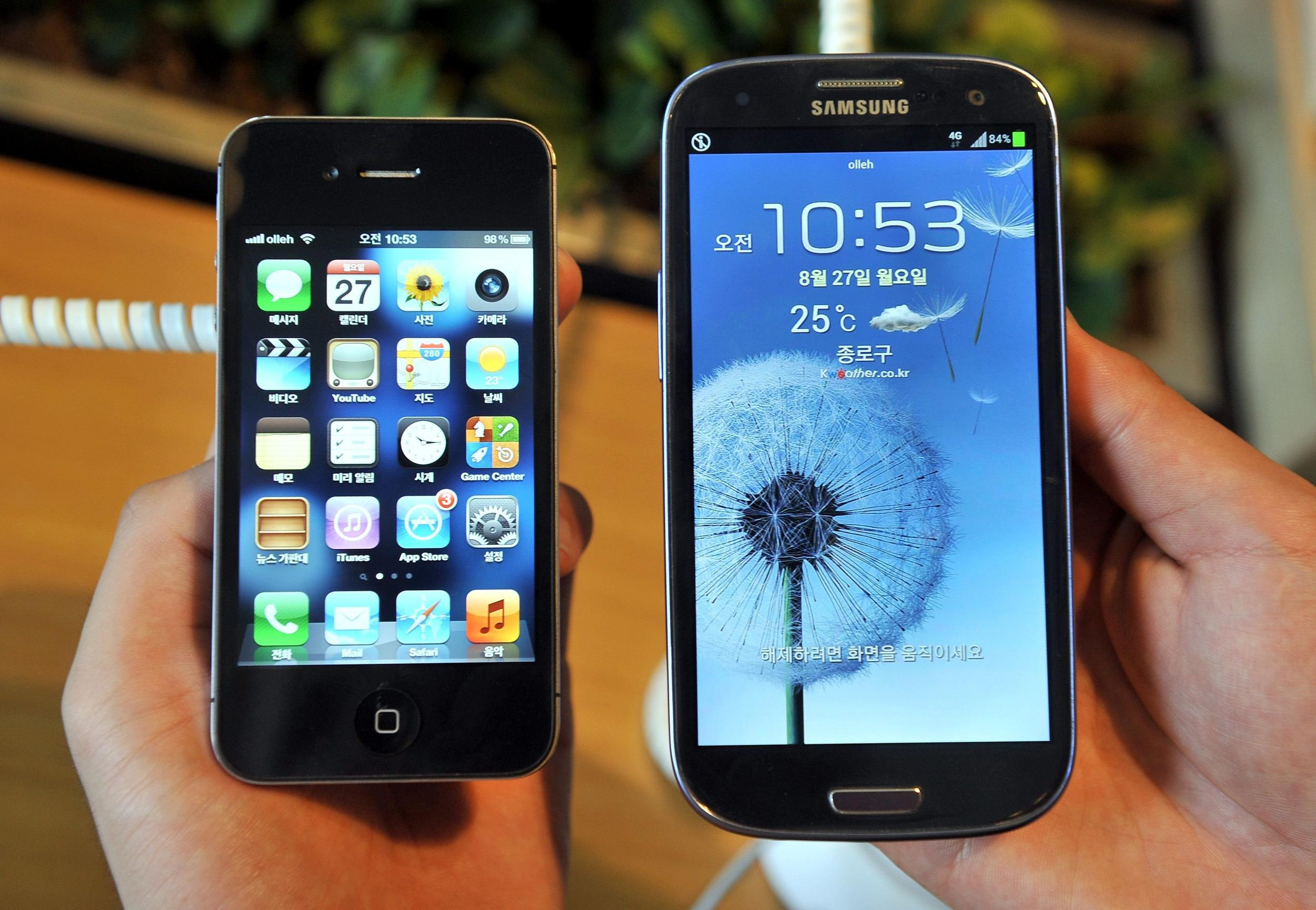 Samsung and Apple have agreed a truce in their worldwide patent war, but will still fight in U.S. courts.