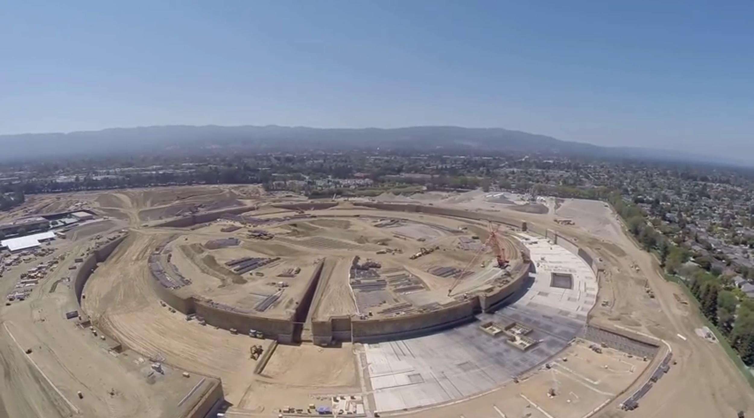 drone video shows construction progress on apple 39 s new campus 2 nbc news. Black Bedroom Furniture Sets. Home Design Ideas