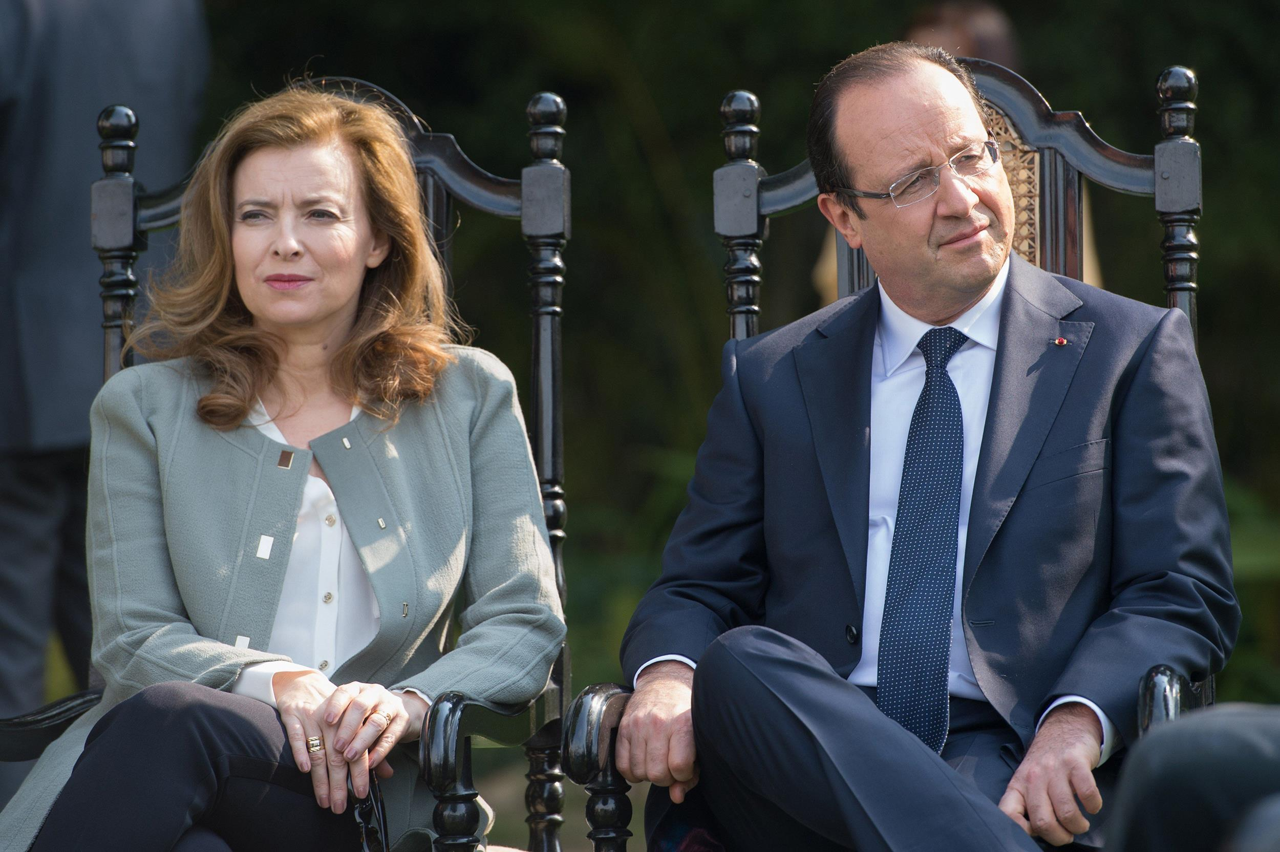 Image: France's President Francois Hollande and his partner Valerie Trierweiler at the Nehru Institute in New Delhi on Feb. 15, 2013.