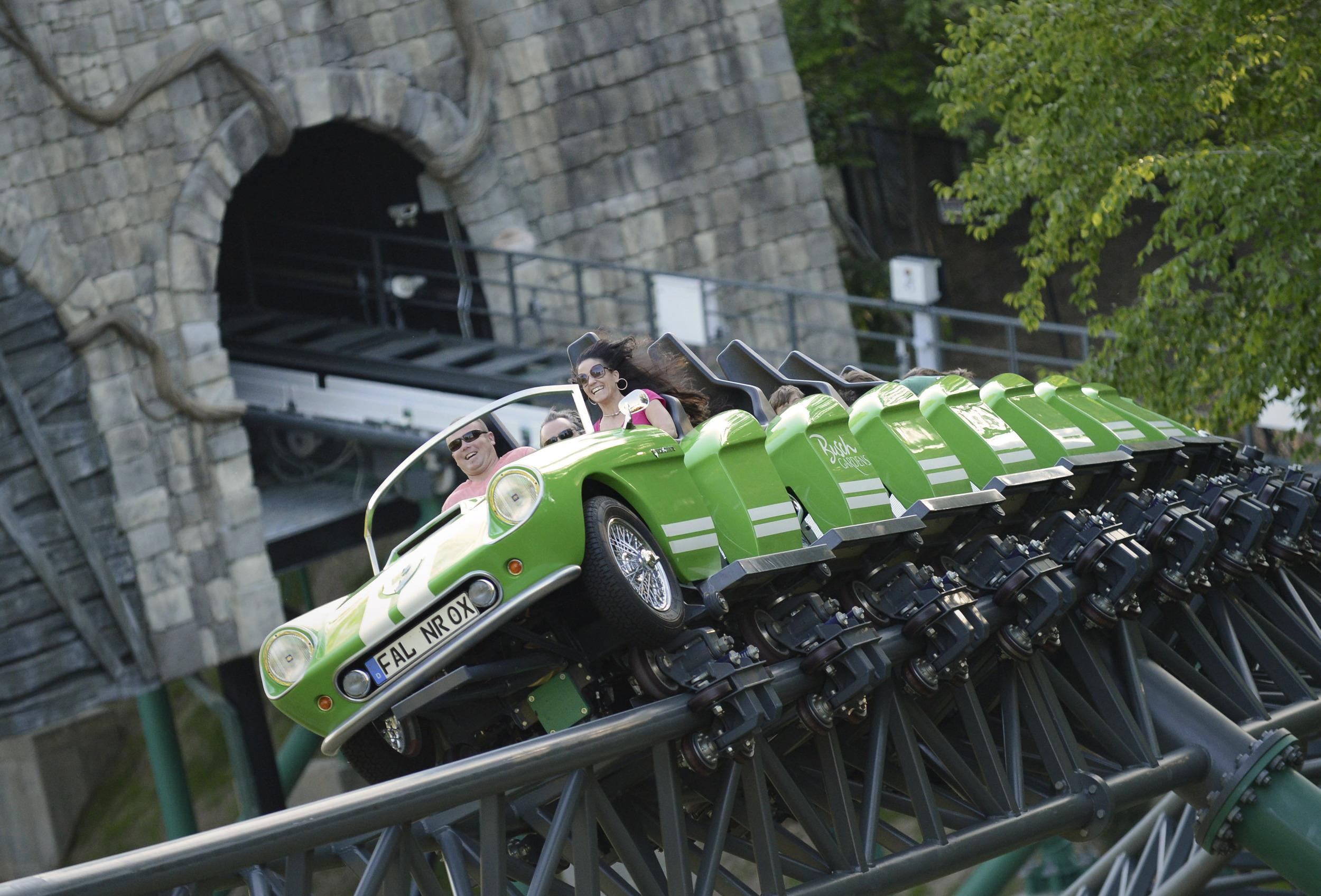 Busch Gardens Removes Props In Wake Of Beheadings Nbc News
